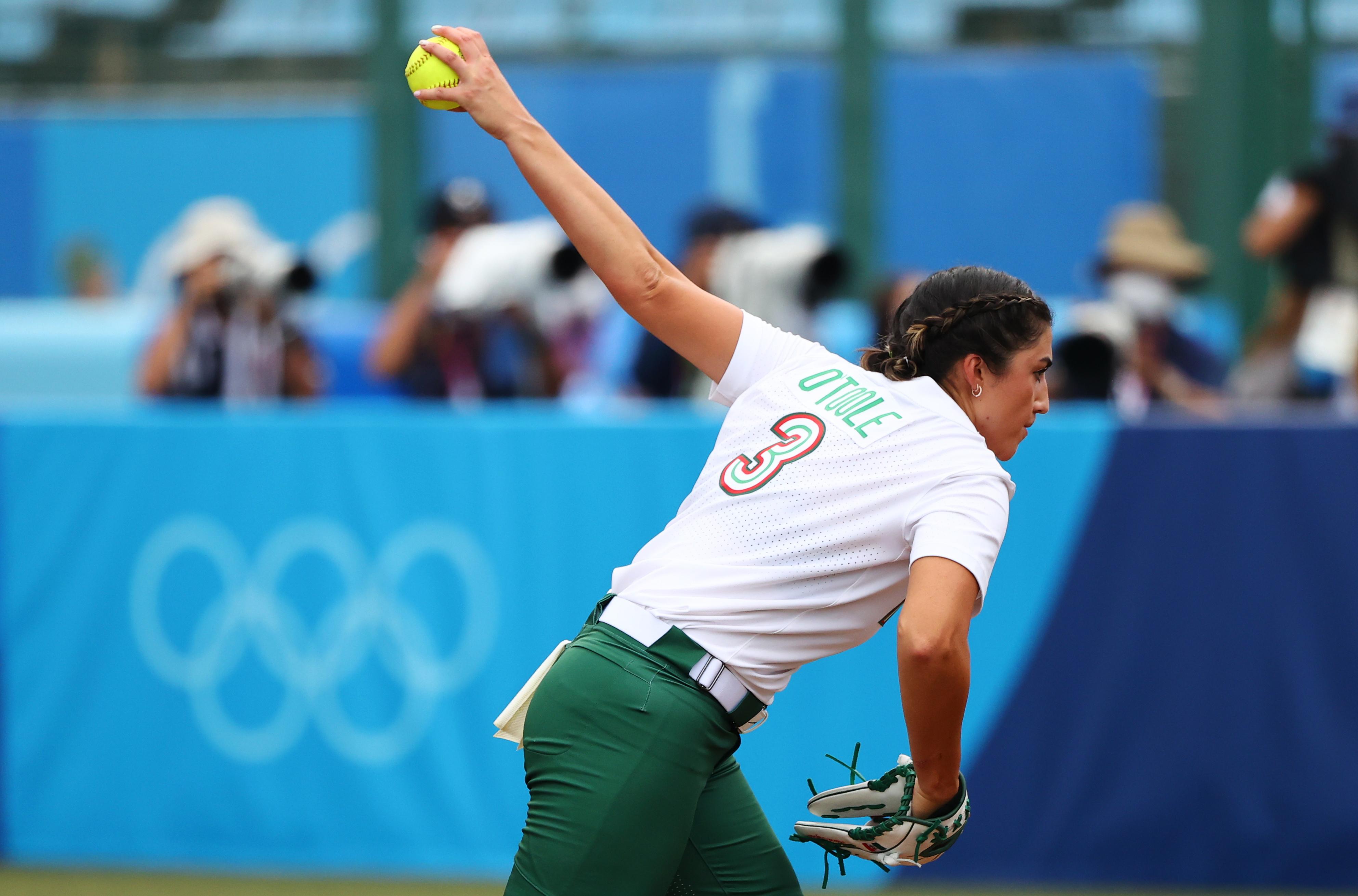 Tokyo 2020 Olympics - Softball - Women - Opening Round - Mexico v Japan - Fukushima Azuma Baseball Stadium - Fukushima, Japan - July 22, 2021. Danielle O'Toole of Mexico in action. REUTERS/Jorge Silva