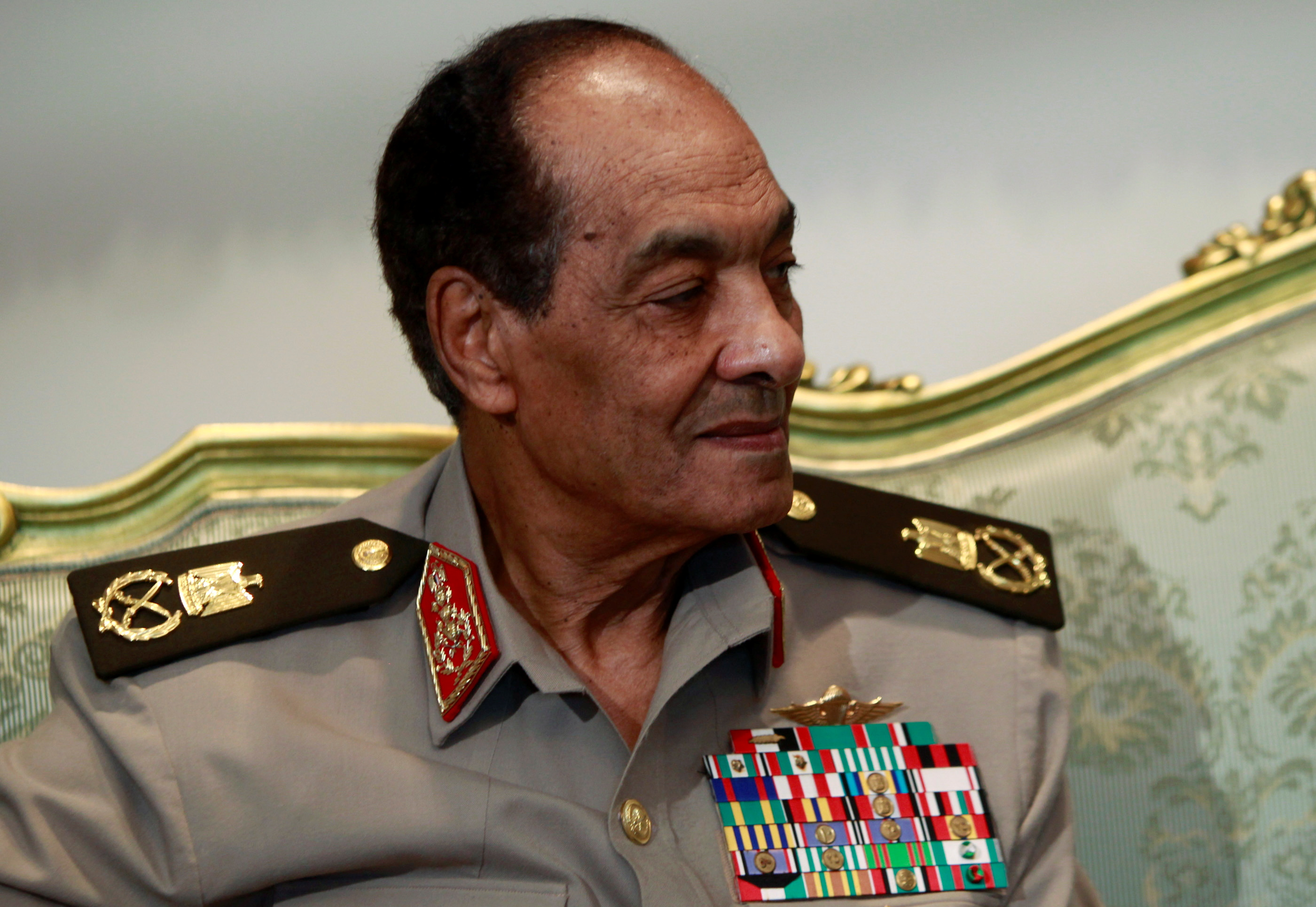 Field Marshal Hussein Tantawi attends a meeting with Egypt's president Mohamed Mursi and U.S. Secretary of Defense Leon Panetta at the presidential palace in Cairo July 31, 2012. REUTERS/Amr Abdallah Dalsh/File Photo