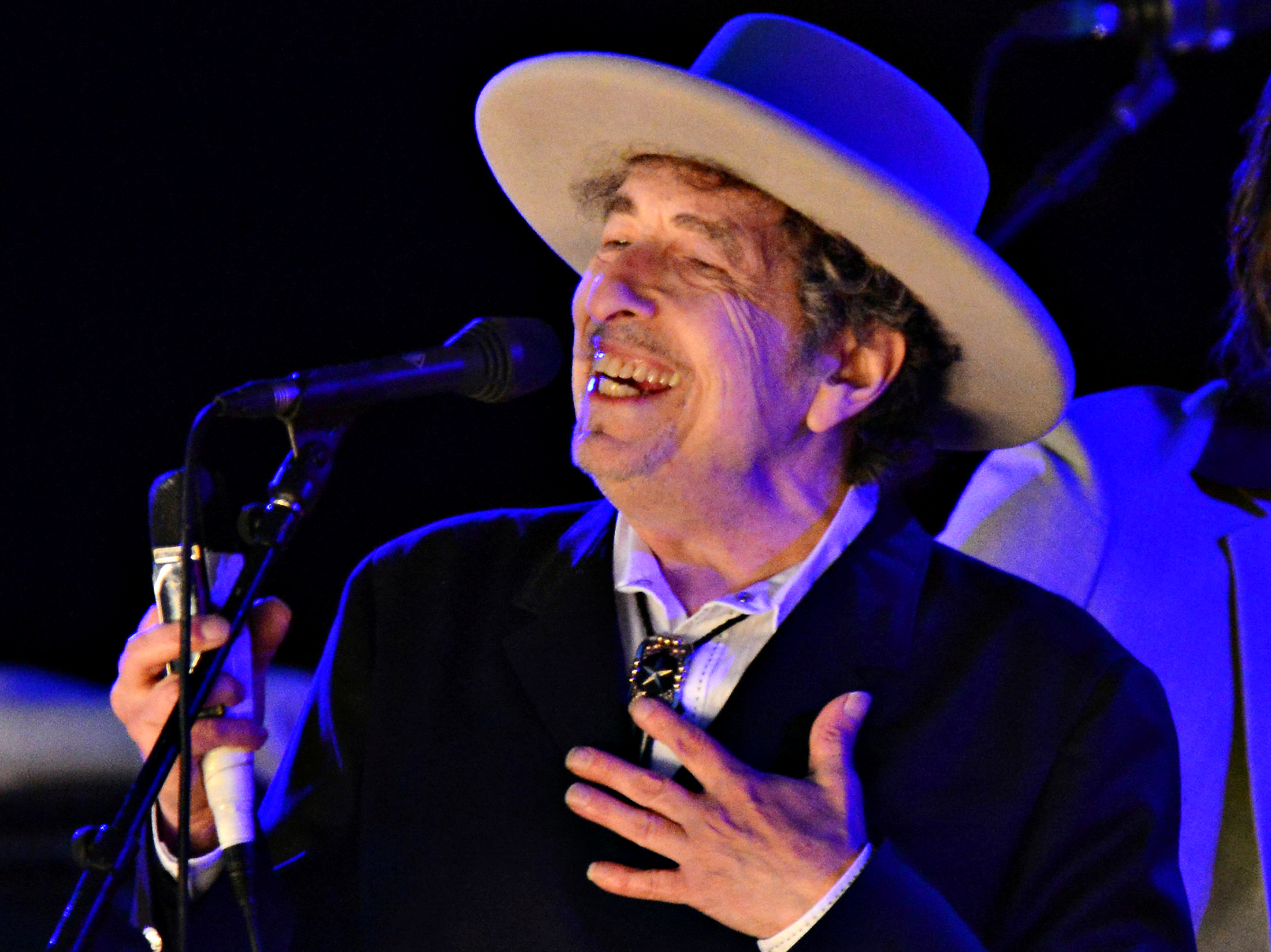 U.S. musician Bob Dylan performs during on day 2 of The Hop Festival in Paddock Wood, Kent on June 30th 2012. REUTERS/Ki Price