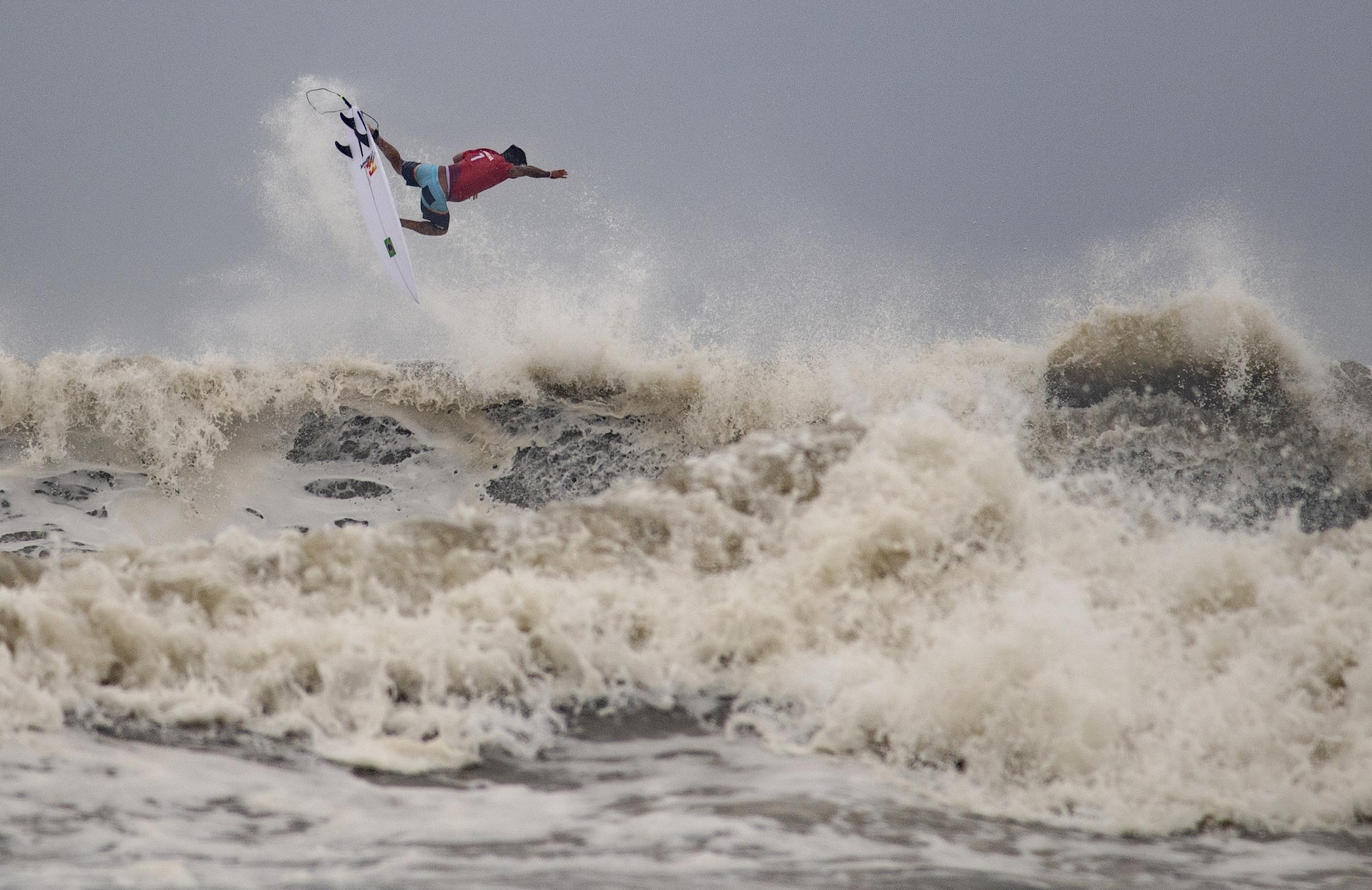Tokyo 2020 Olympics - Surfing - Men's Shortboard - Quarterfinals - Tsurigasaki Surfing Beach, Tokyo, Japan - July 27, 2021. Italo Ferreira of Brazil in action. Pool via REUTERS/Olivier Morin