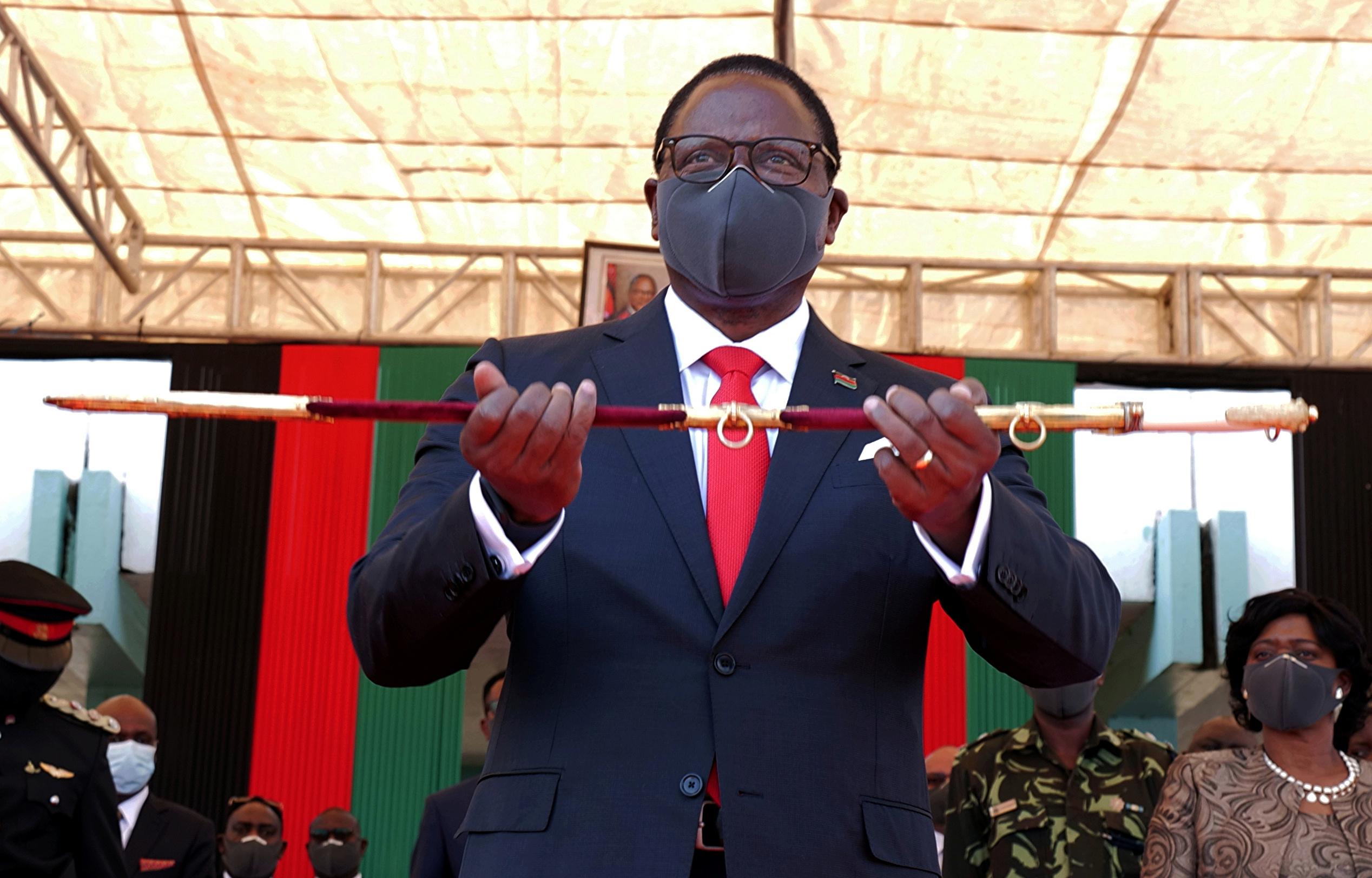 Malawi's President Lazarus Chakwera is sworn in in Lilongwe, Malawi, July 6, 2020. REUTERS/Eldson Chagara
