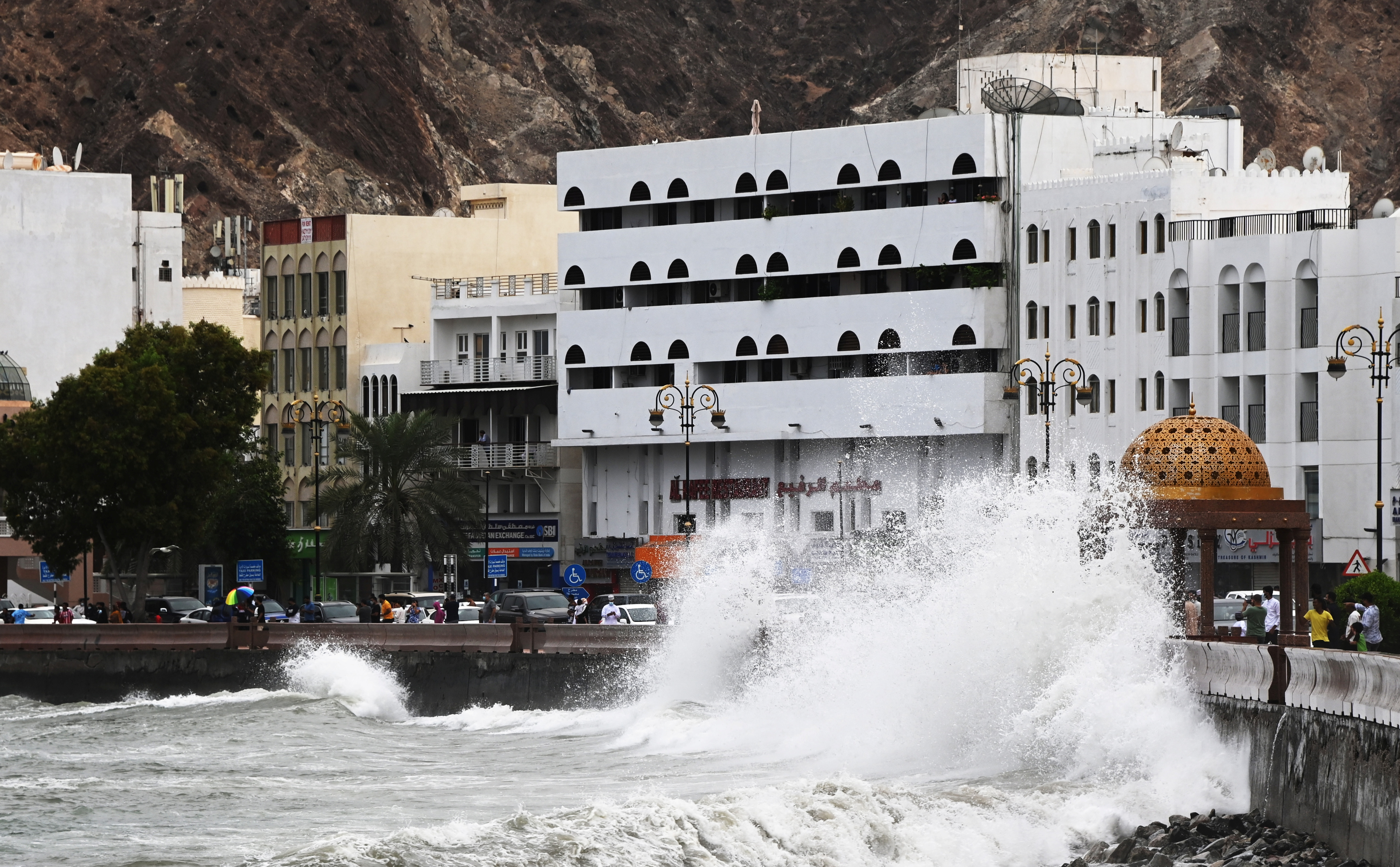Strong waves hit the shore as Cyclone Shaheen makes landfall in Muscat Oman, October 2, 2021. Picture taken October 2, 2021. REUTERS/Sultan Al Hassani