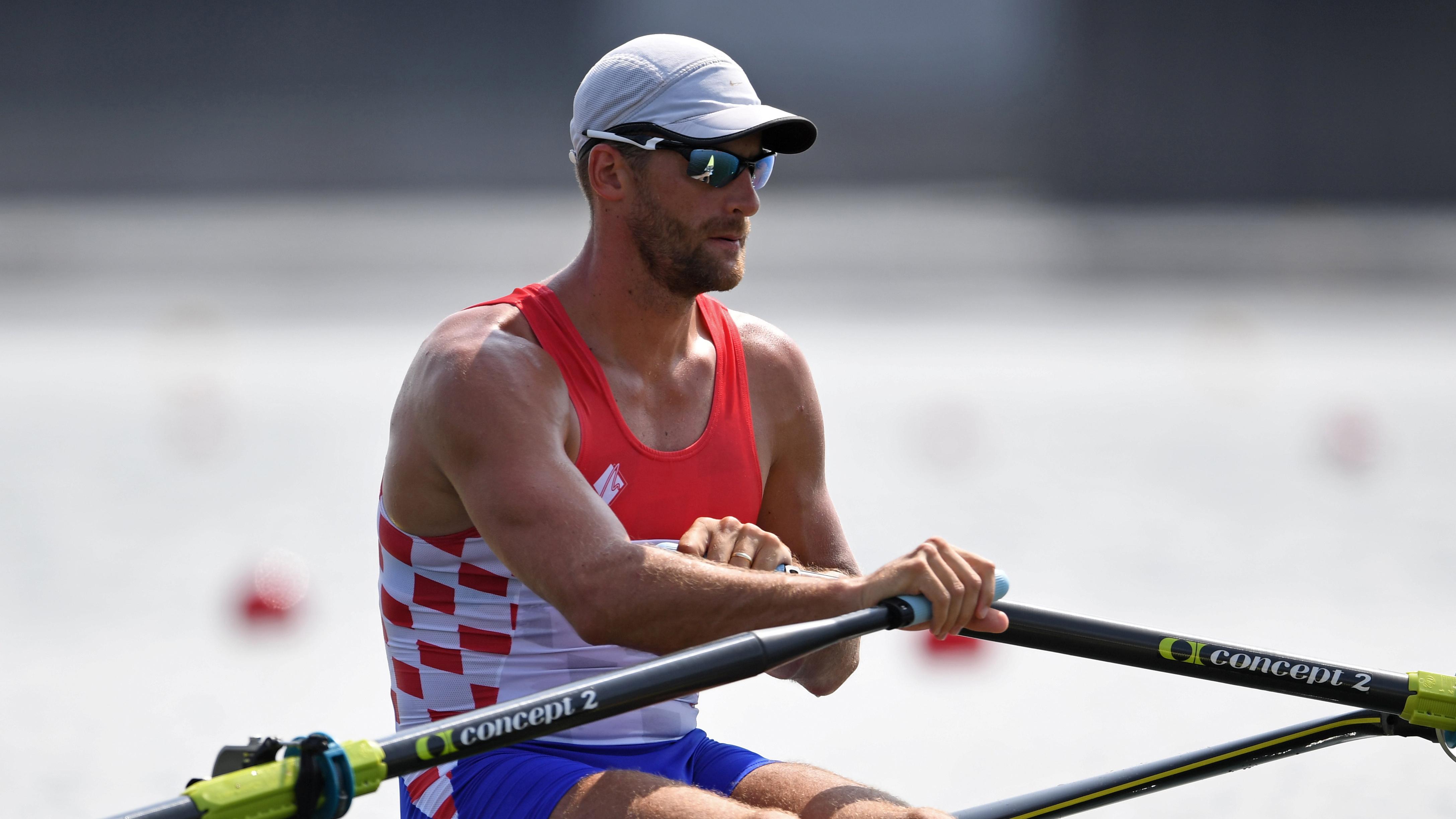 Tokyo 2020 Olympics - Rowing - Men's Single Sculls - Heats - Sea Forest Waterway, Tokyo, Japan - July 23, 2021. Damir Martin of Croatia before competing REUTERS/Piroschka Van De Wouw