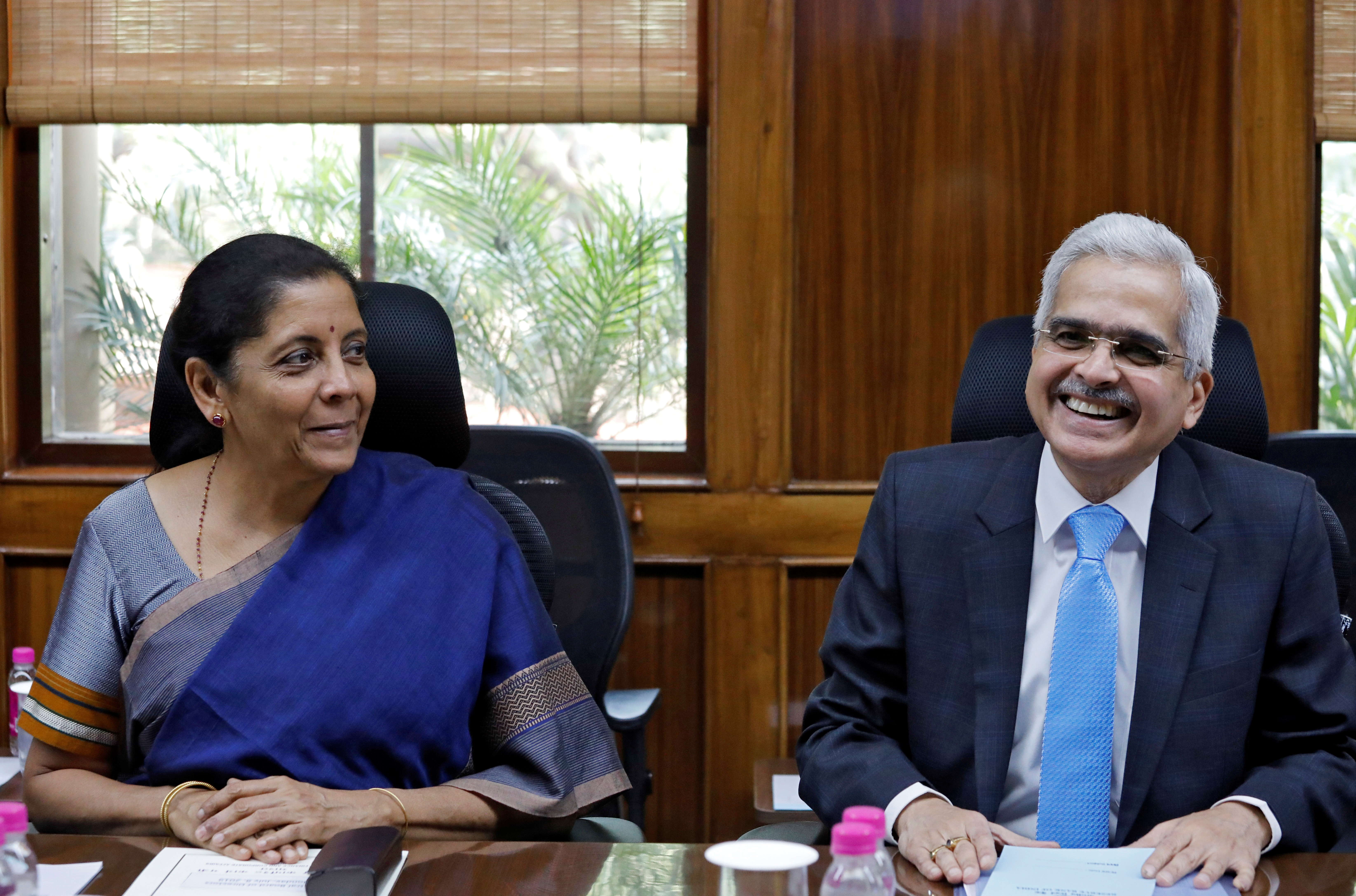 India's Finance Minister Nirmala Sitharaman and the Reserve Bank of India (RBI) Governor Shaktikanta Das attend the RBI's central board meeting in New Delhi, India July 8, 2019. REUTERS/Anushree Fadnavis