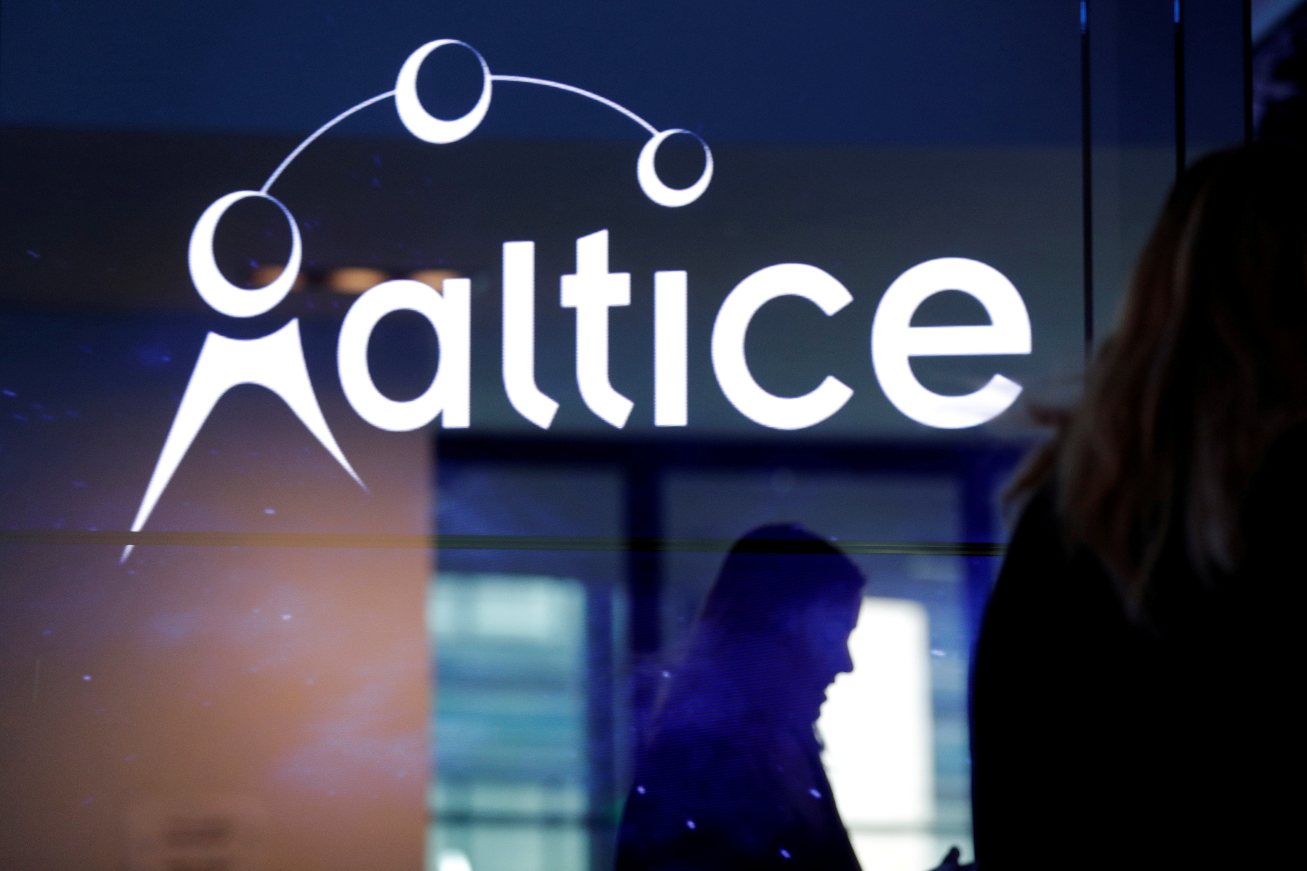 The logo of cable and mobile telecoms company Altice Group is seen during a news conference in Paris, France, March 21, 2017. REUTERS/Philippe Wojazer/File Photo