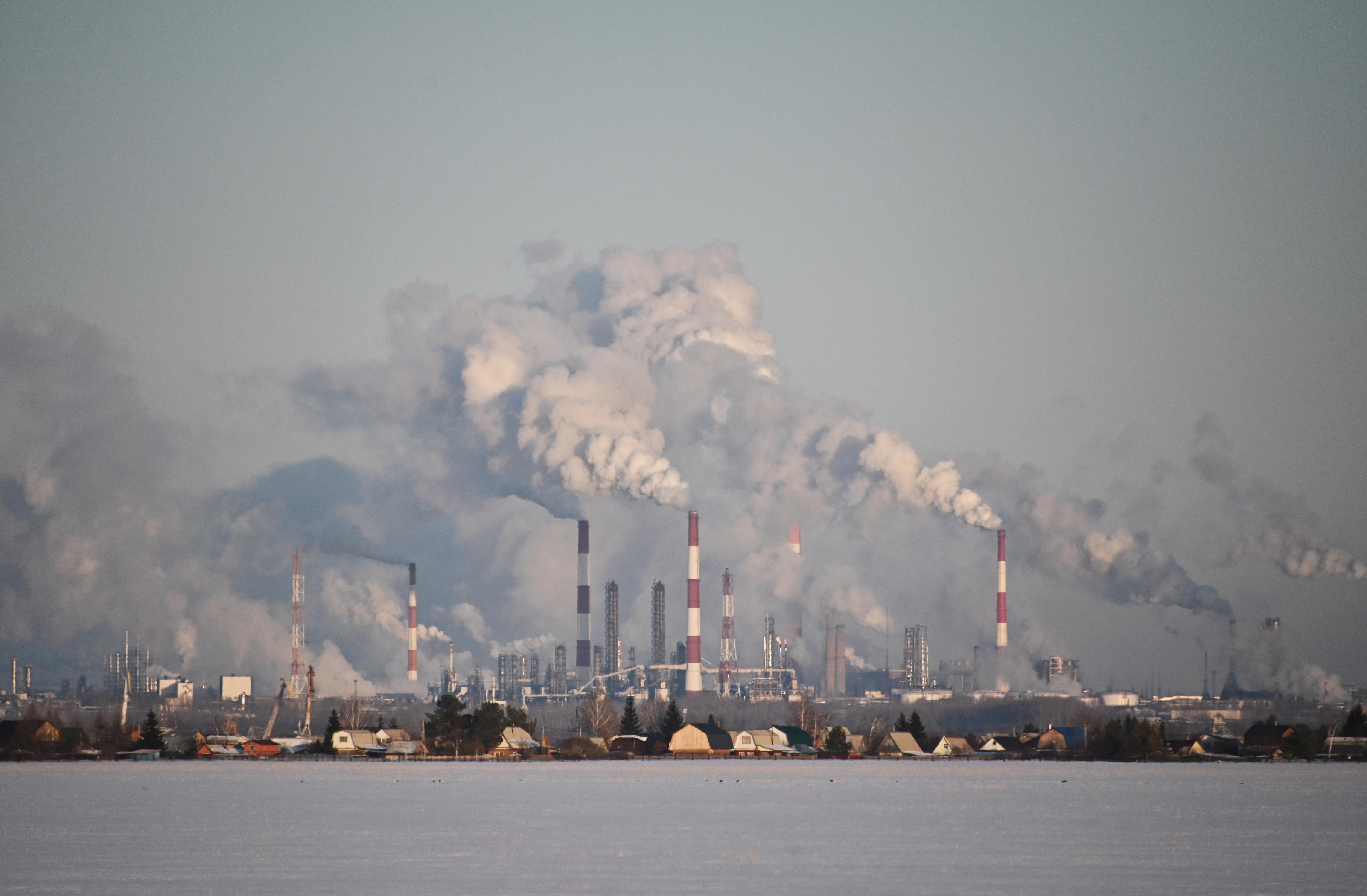 A view shows the Gazprom Neft's oil refinery in Omsk, Russia February 10, 2020. REUTERS/Alexey Malgavko