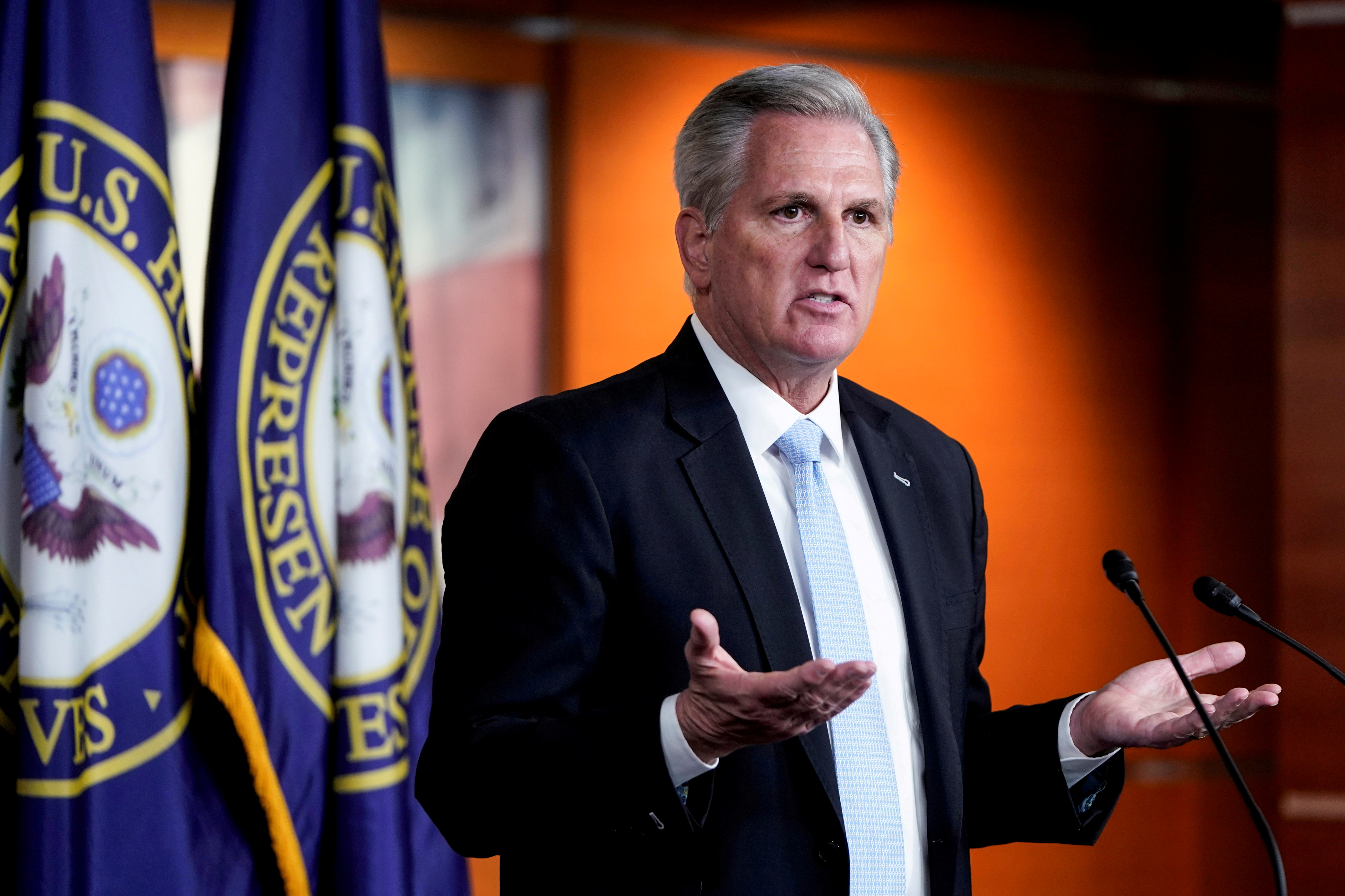 House Minority Leader Kevin McCarthy (R-CA) speaks to the media during a briefing on Capitol Hill in Washington, U.S., March 11, 2021.   REUTERS/Joshua Roberts/File Photo