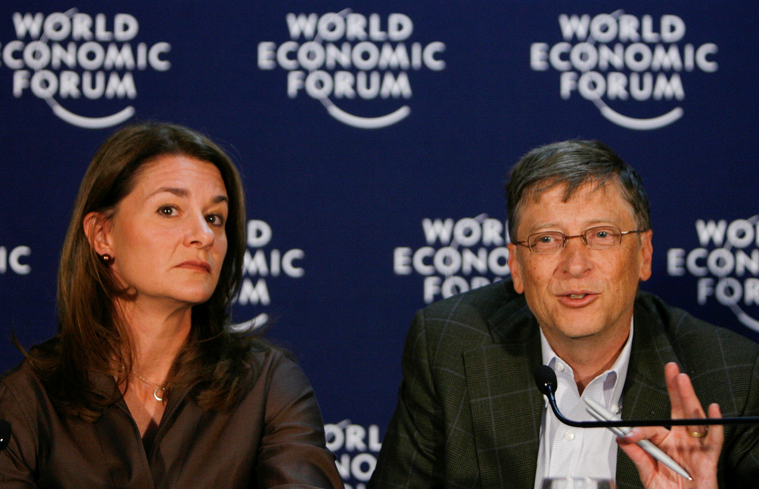Microsoft founder Bill Gates and his wife Melinda Gates attend a news conference at the World Economic Forum (WEF) in Davos January 30, 2009.