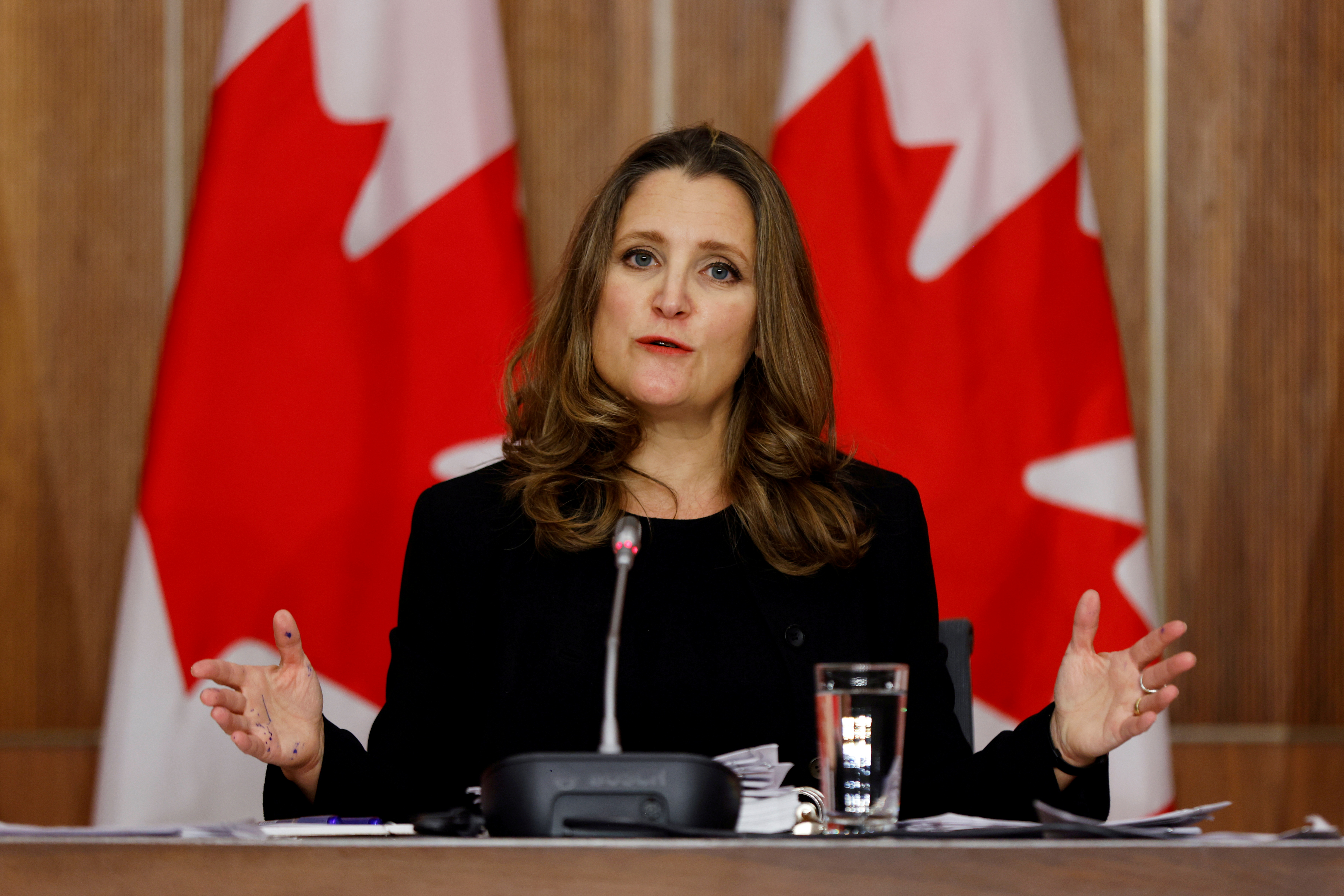 Canada's Deputy Prime Minister and Minister of Finance Chrystia Freeland speaks to news media before unveiling her first fiscal update, the Fall Economic Statement 2020, in Ottawa, Ontario, Canada November 30, 2020. REUTERS/Blair Gable/File Photo