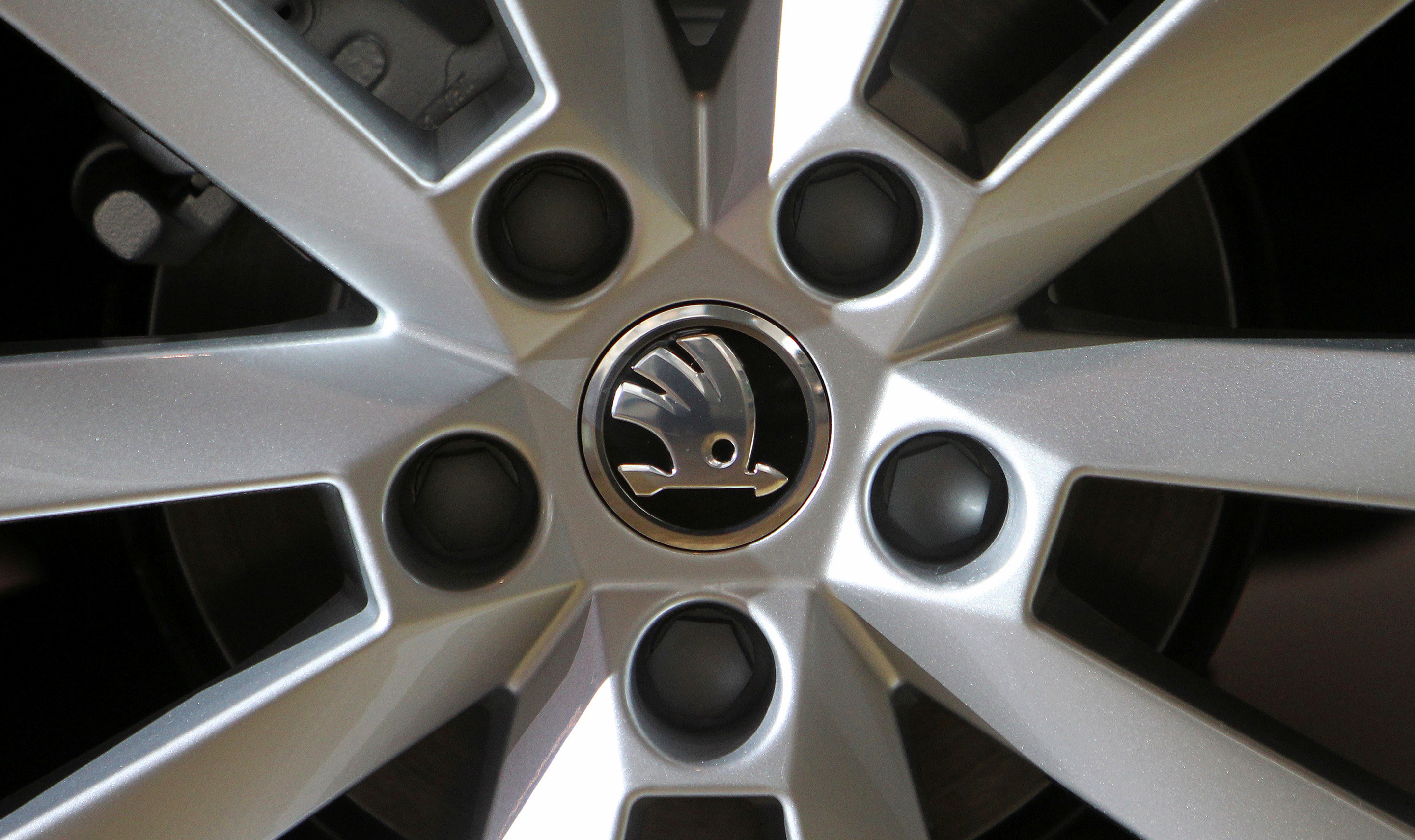 A logo is seen on a wheel of a Skoda Octavia car after a presentation of the company's annual results in Mlada Boleslav March 20, 2013. REUTERS/David W Cerny