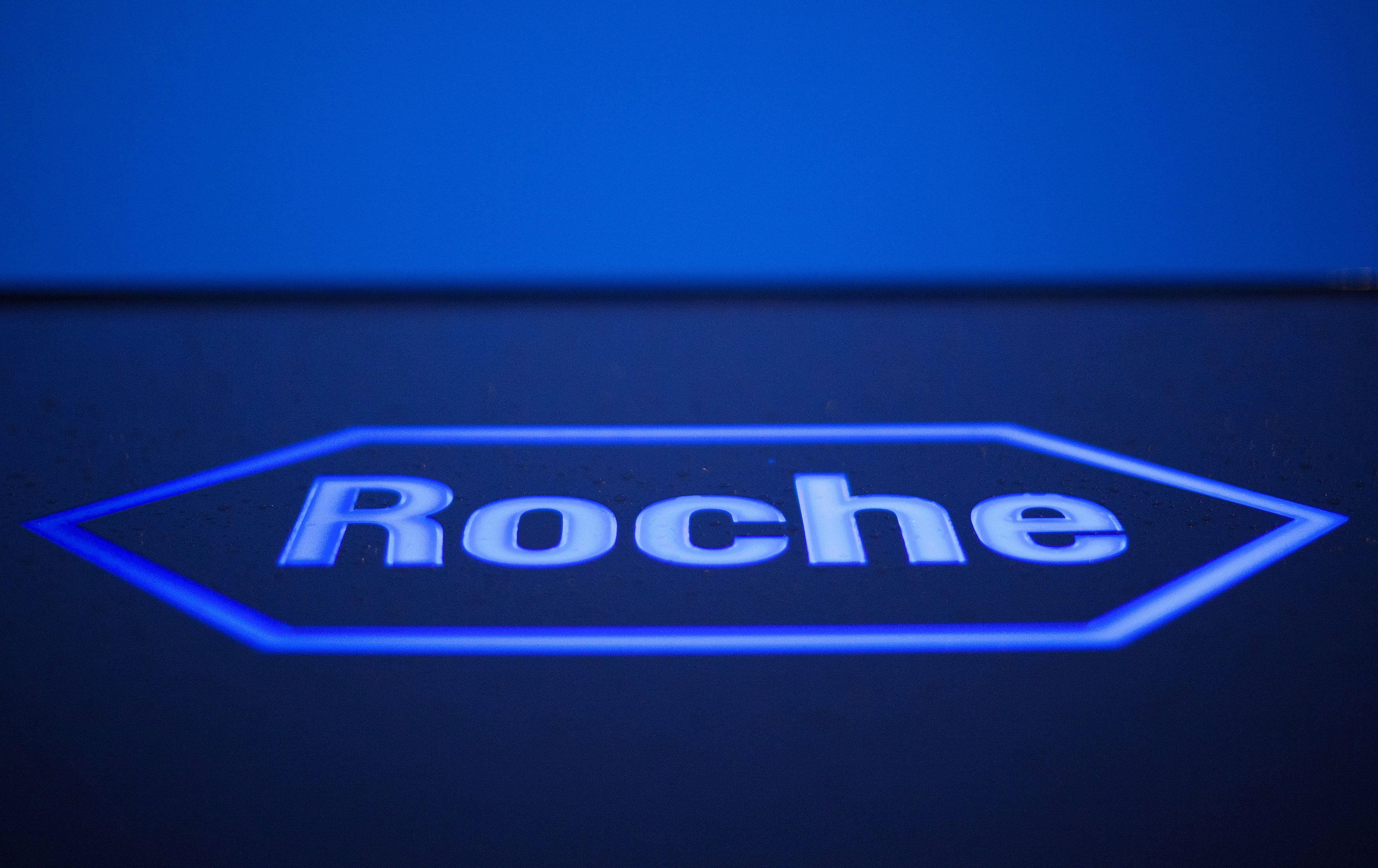 A logo of Swiss pharmaceutical company Roche in Rotkreuz, Switzerland, April 12, 2012.    REUTERS/Michael Buholzer/File Photo