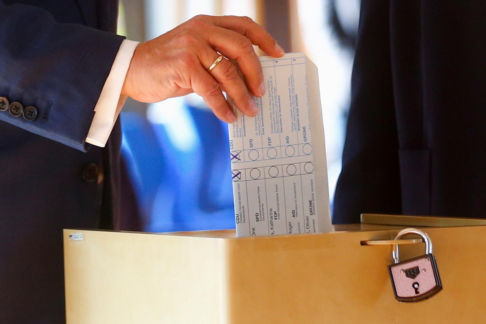 Germans Vote in Close Election to Decide Angela Merkel's Successor
