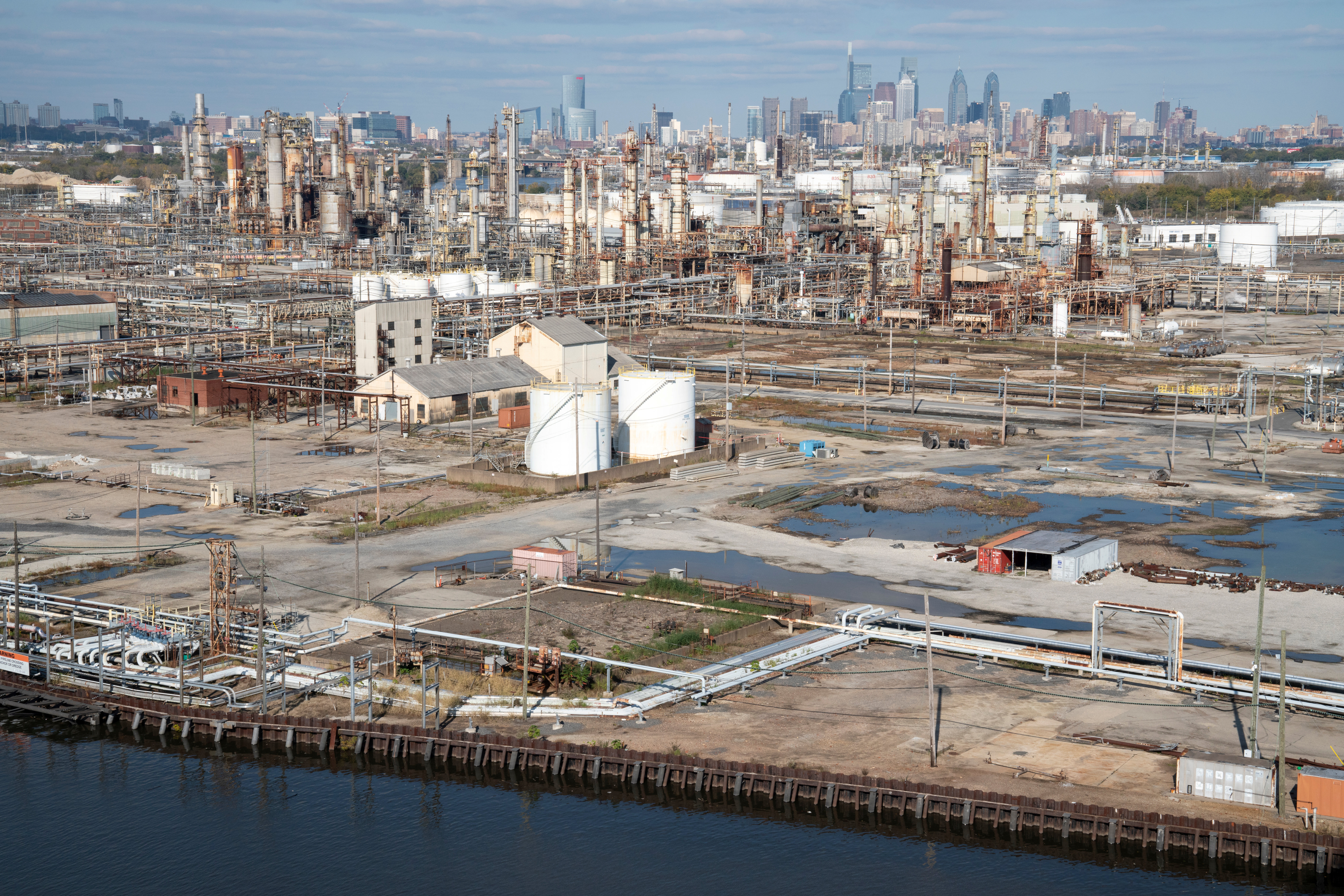 A general view of the PES Refinery on the banks of the Schuylkill River in Philadelphia, Pennsylvania, U.S., October 31, 2020. Picture taken October 31, 2020. REUTERS/Dane Rhys