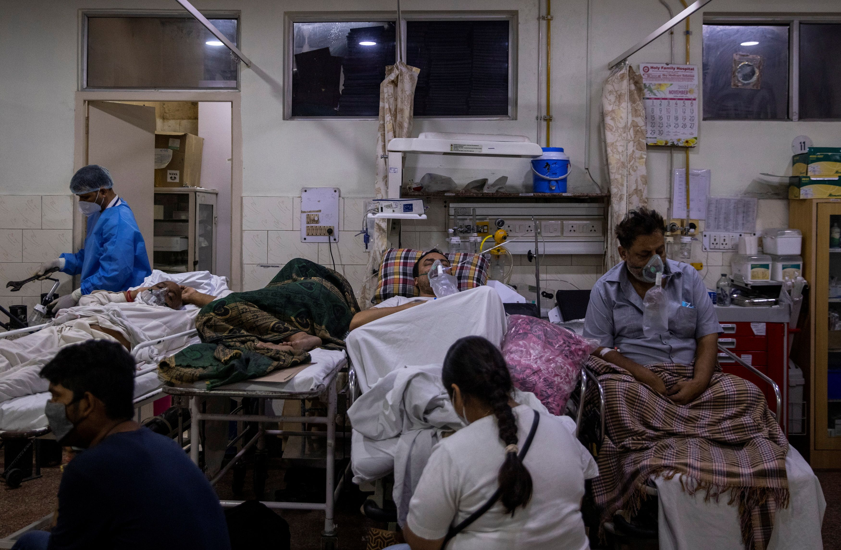 As COVID-19 floods India's hospitals, the better-off also scramble for care  | Reuters