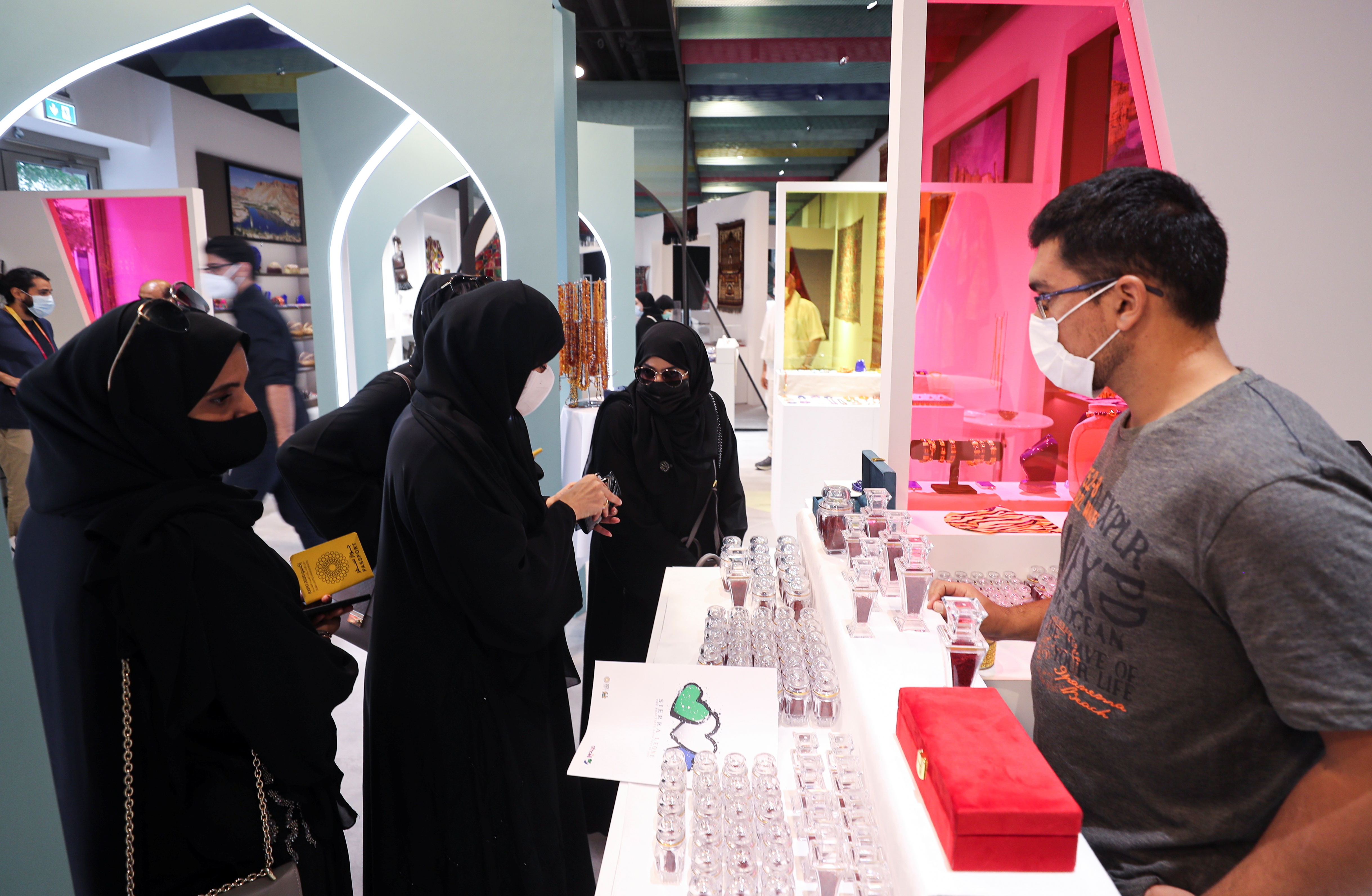 Visitors are shown looking at a private collection of Afghan artefacts at the Afghanistan Pavilion during the Dubai Expo 2020, in Dubai, United Arab Emirates, October 12, 2021. Picture taken October 12, 2021. REUTERS/Mohammed Salem