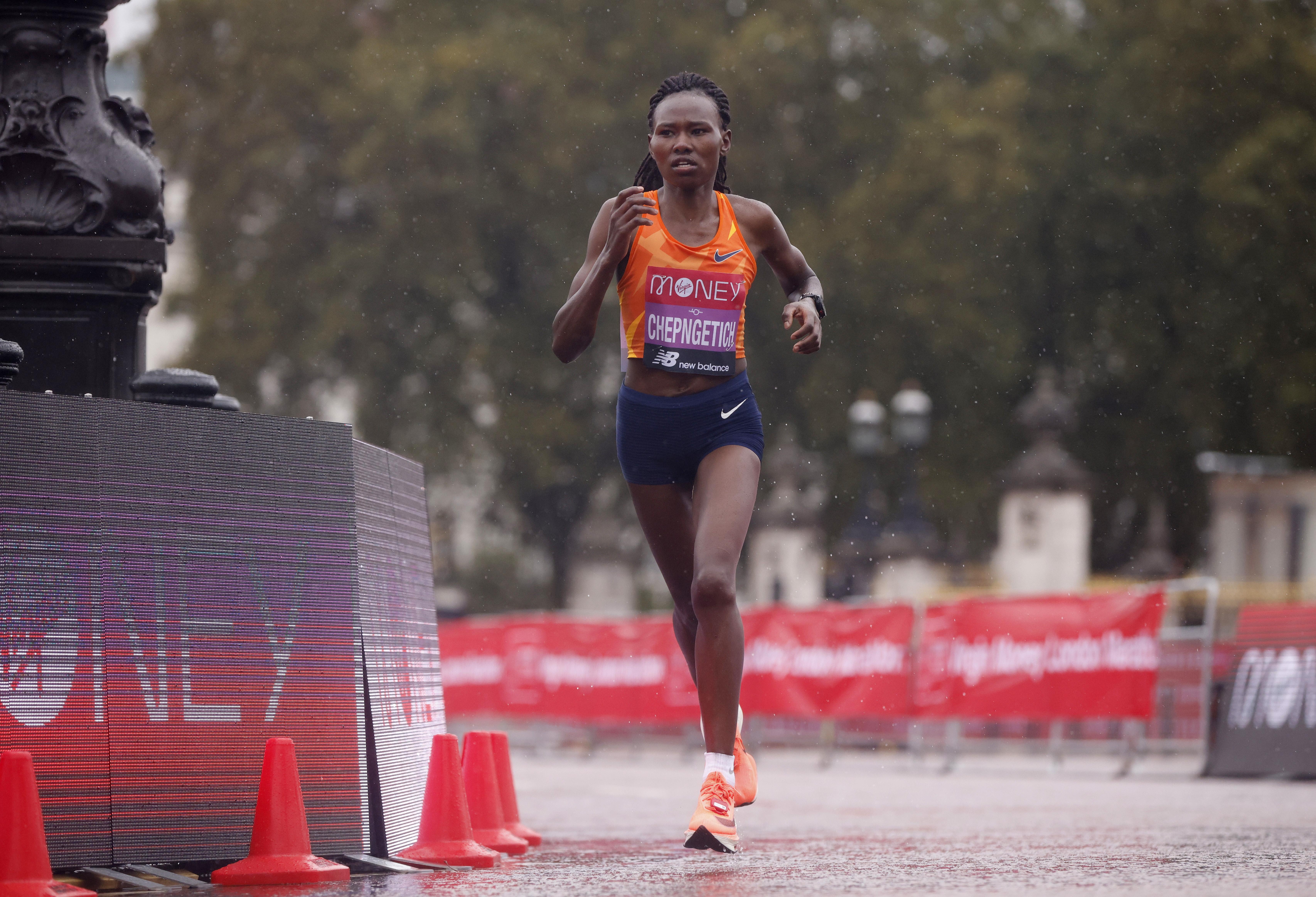 Athletics - London Marathon - London, Britain - October 4, 2020 Kenya's Ruth Chepngetich during the elite women's race of the London Marathon Pool via REUTERS/John Sibley