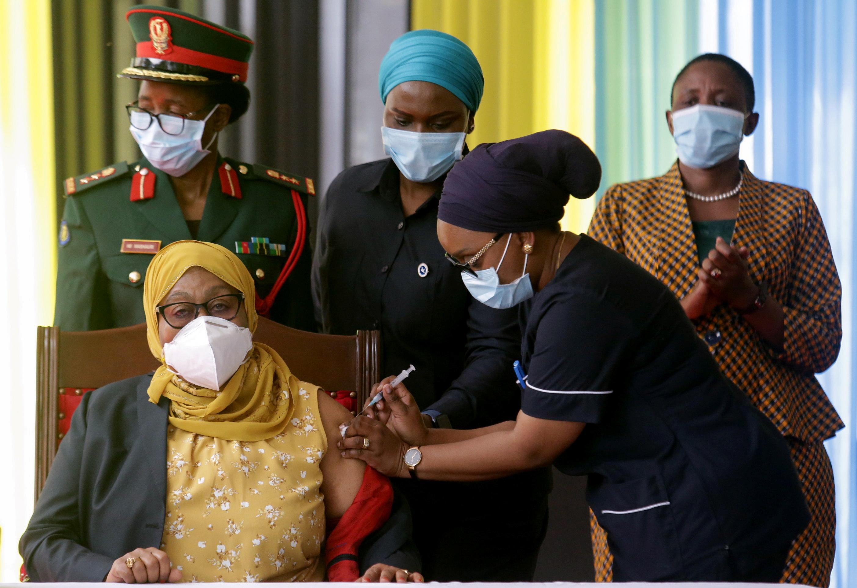 Tanzania's President Samia Suluhu Hassan receives her Johnson & Johnson vaccine against the coronavirus disease (COVID-19) at State House in Dar es Salaam, Tanzania July 28, 2021. REUTERS/Emmanuel Herman