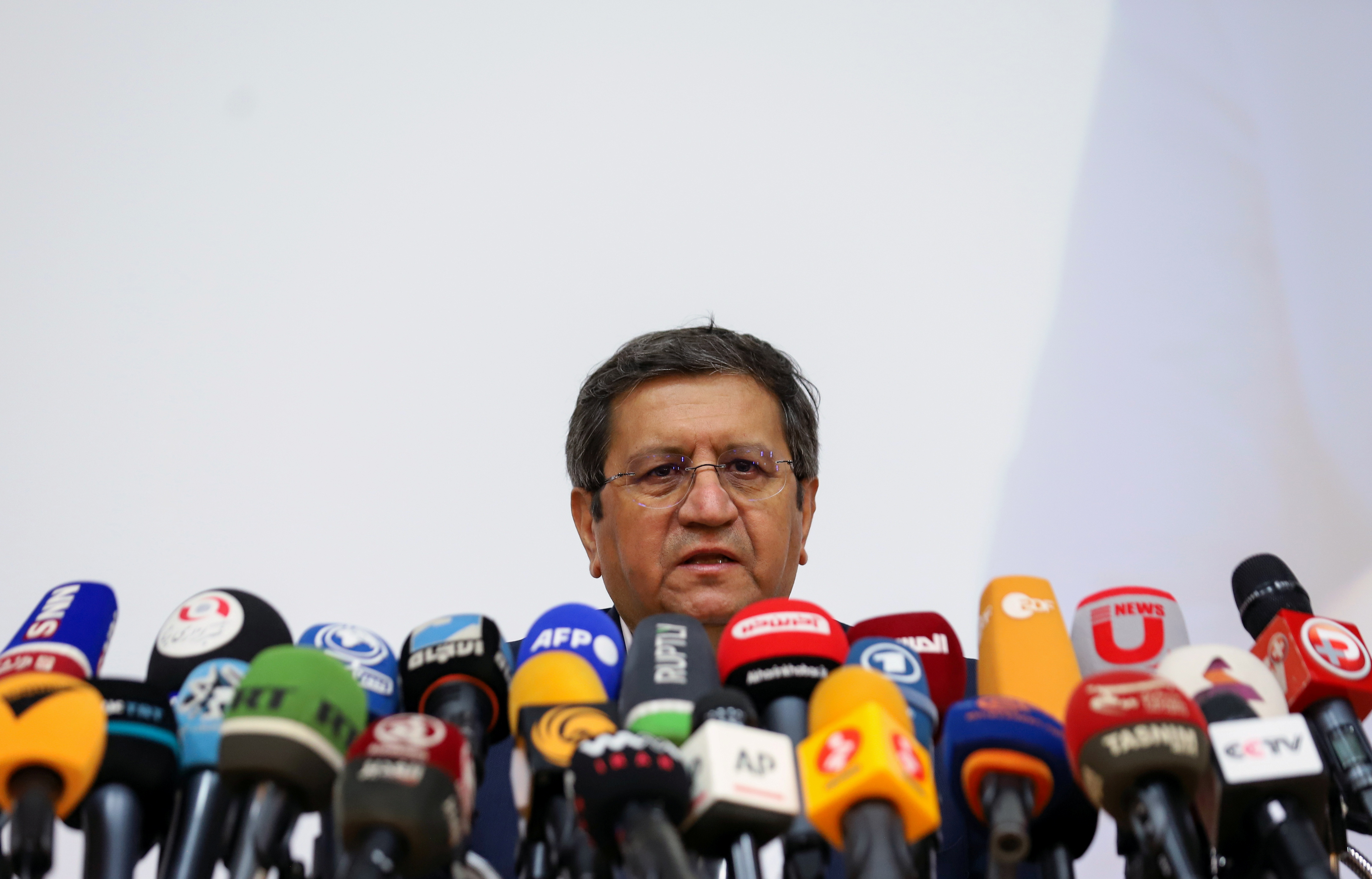 Presidential candidate Abdolnaser Hemmati speaks during a press conference in Tehran, Iran June 15, 2021. Majid Asgaripour/WANA (West Asia News Agency) via REUTERS