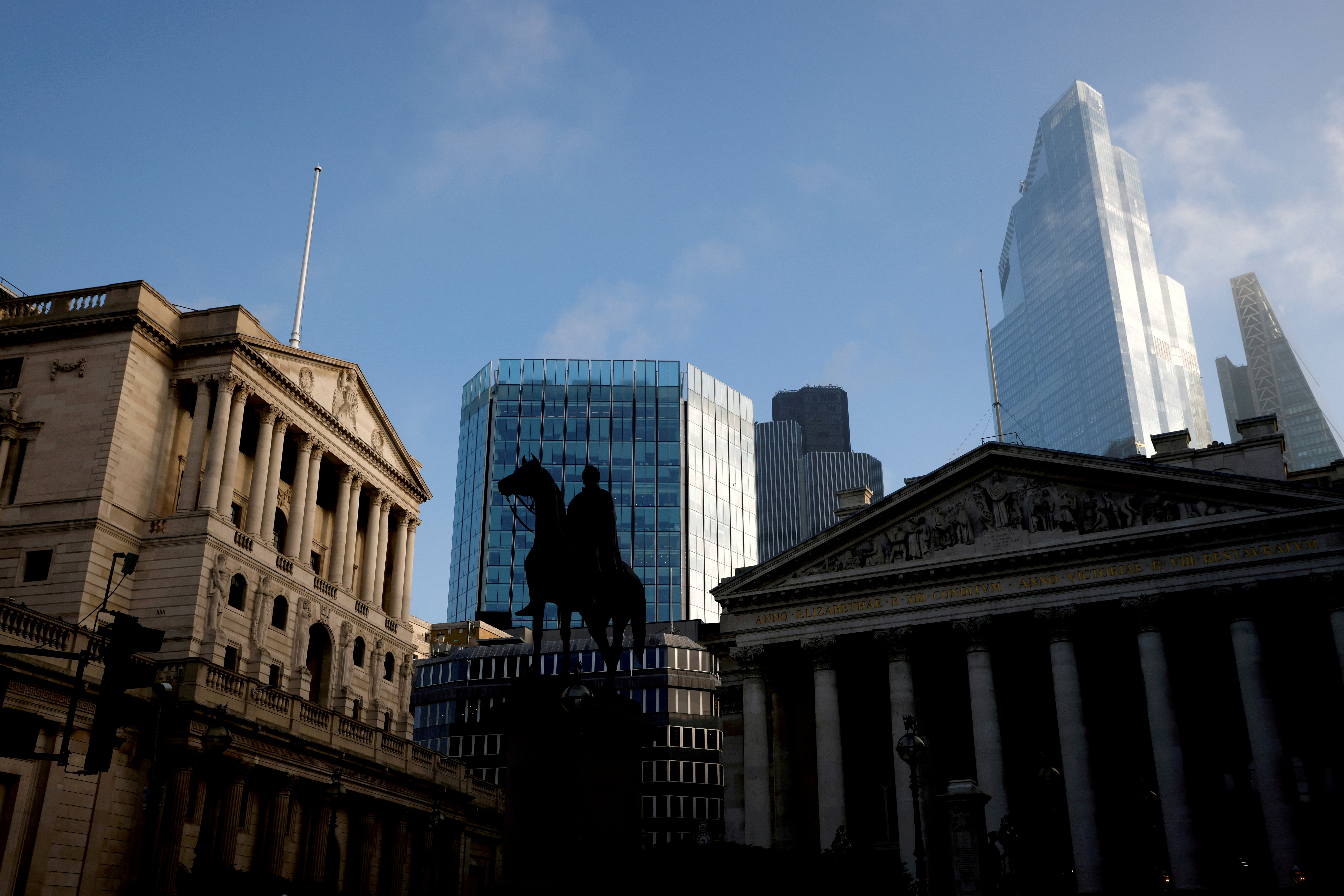 The Bank of England and the City of London financial district in London, Britain, November 5, 2020. REUTERS/John Sibley/File Photo