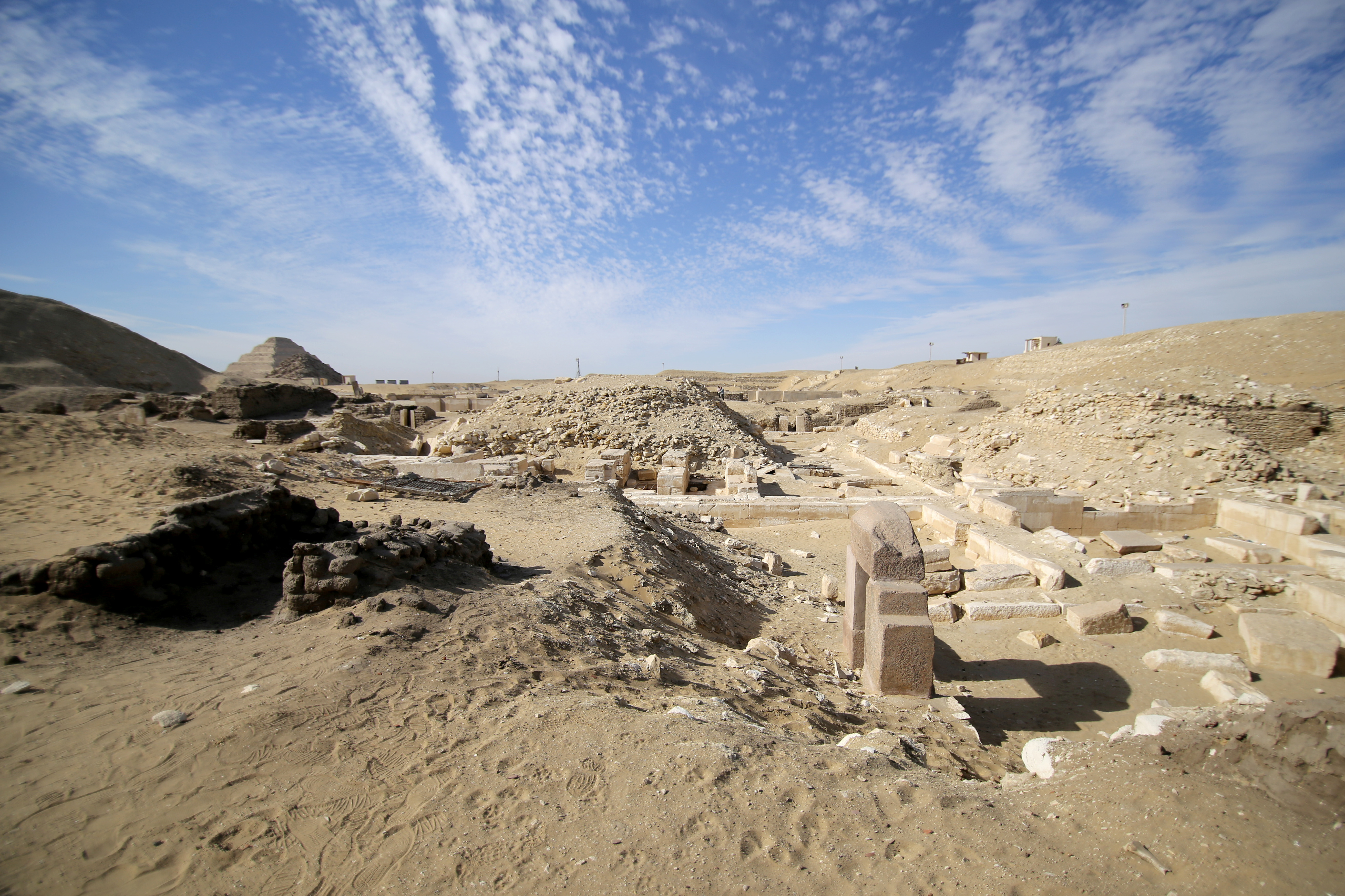 A view shows the site of a recent discovery at the Saqqara necropolis south of Cairo, Egypt January 17, 2021. REUTERS/Hanaa Habib/File Photo