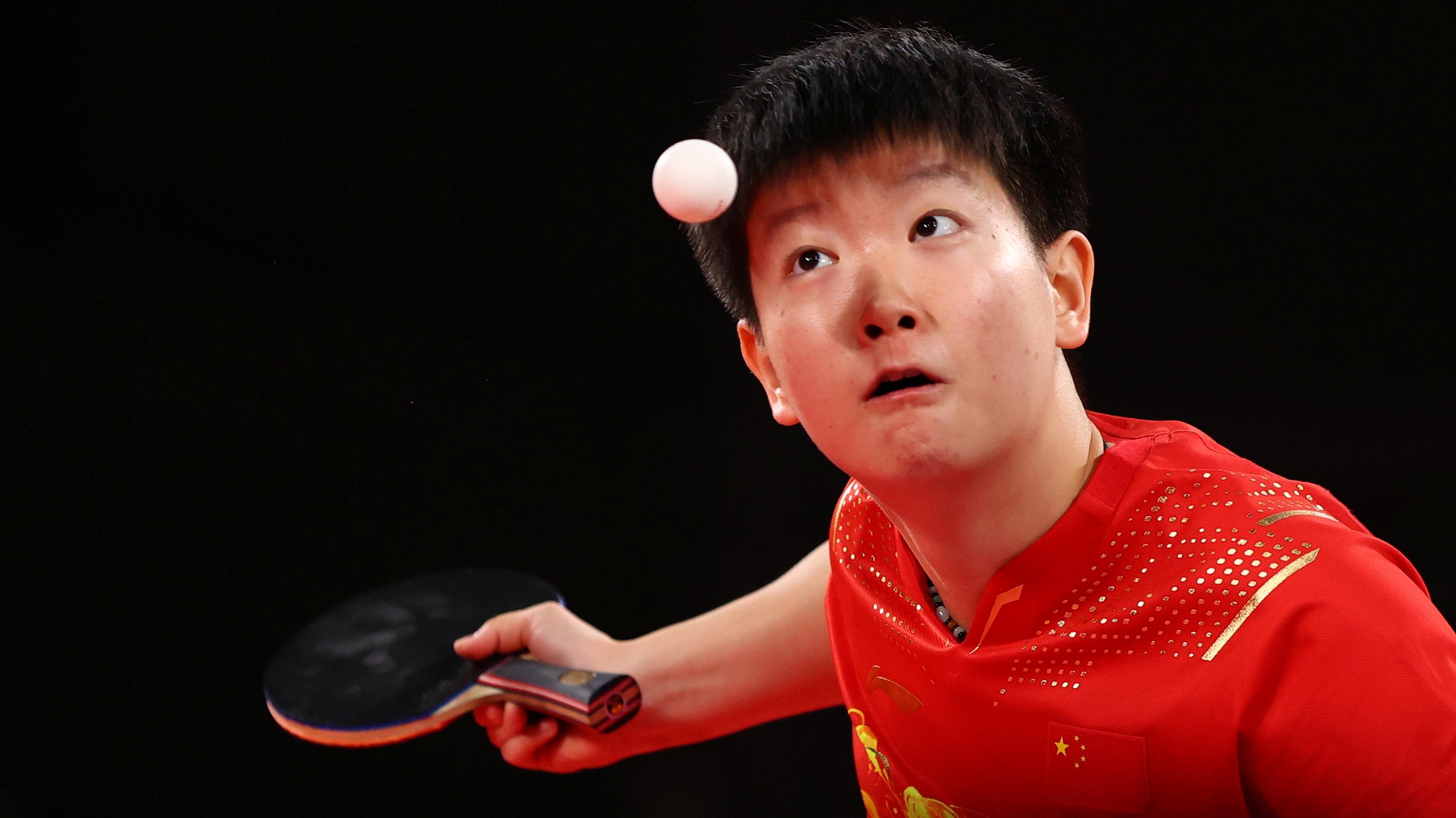 Tokyo 2020 Olympics - Table Tennis - Women's Singles - Semifinal - Tokyo Metropolitan Gymnasium - Tokyo, Japan - July 29, 2021.  Sun Yingsha of China in action against Mima Ito of Japan REUTERS/Thomas Peter