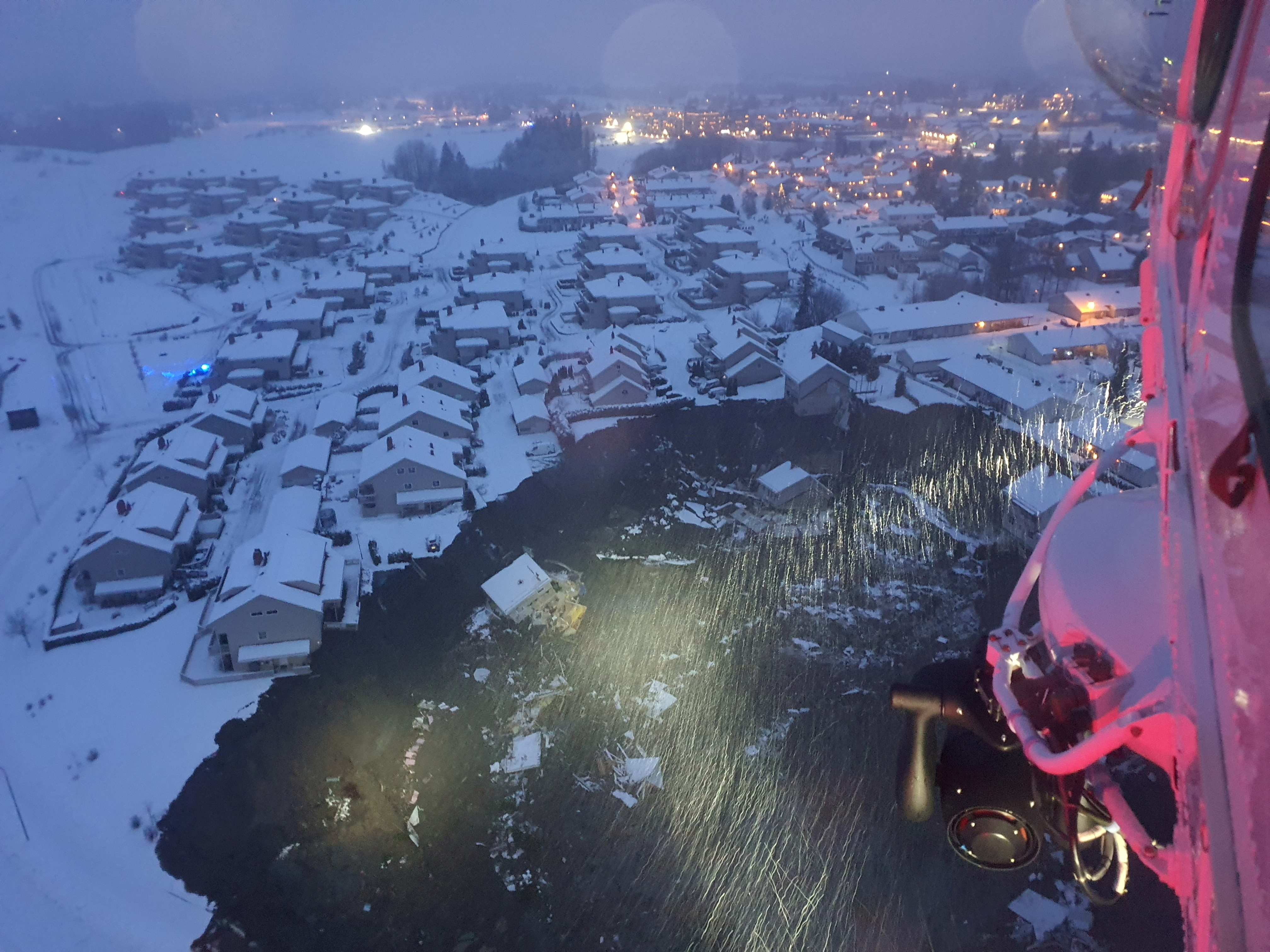 A rescue helicopter view shows the aftermath of a landslide at a residential area in Ask village, about 40km north of Oslo, Norway December 30, 2020. According to police several people went missing. Norwegian Rescue Service/NTB/via REUTERS