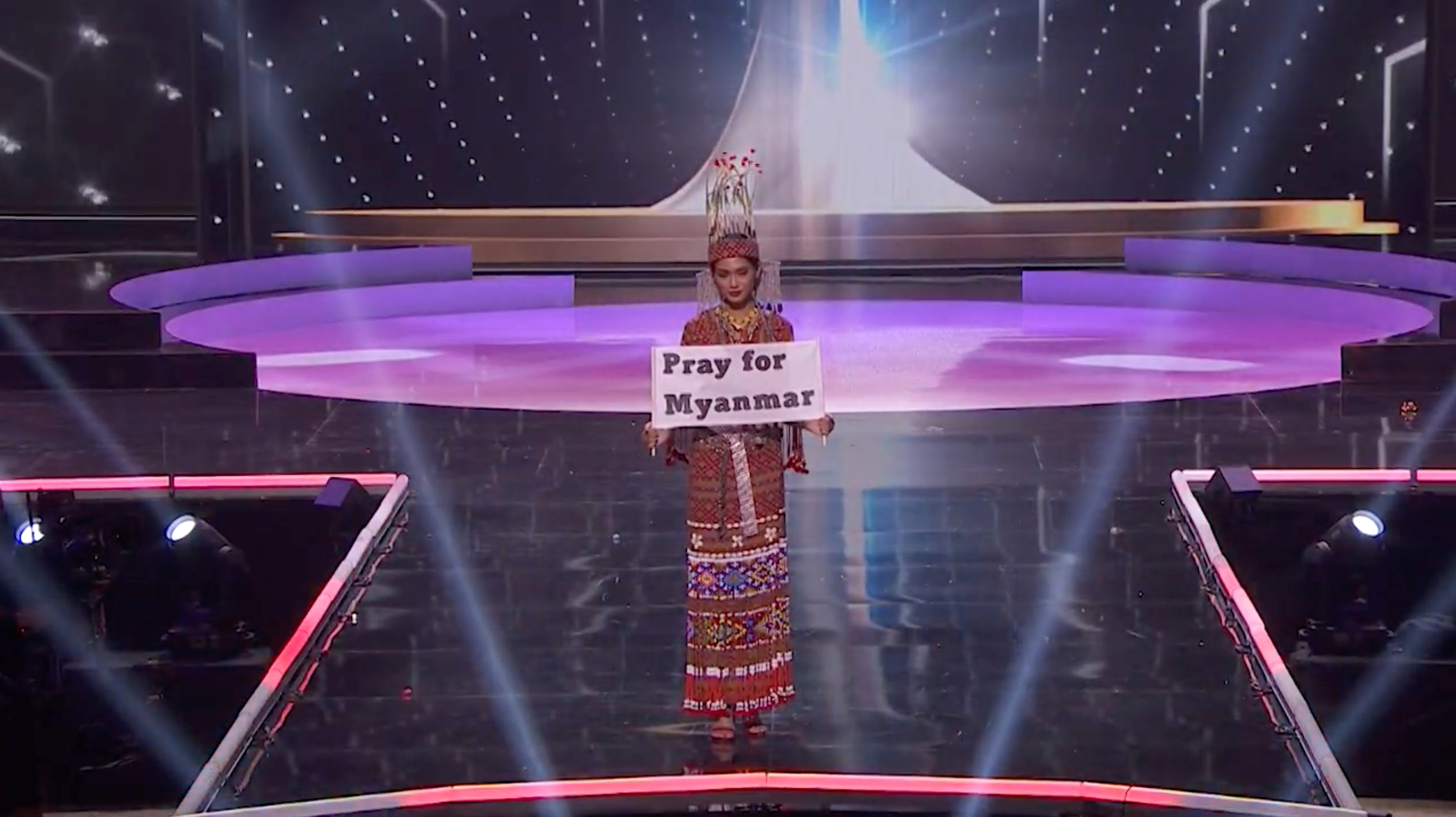 Ma Thuzar Wint Lwin, Miss Universe Myanmar, holds the