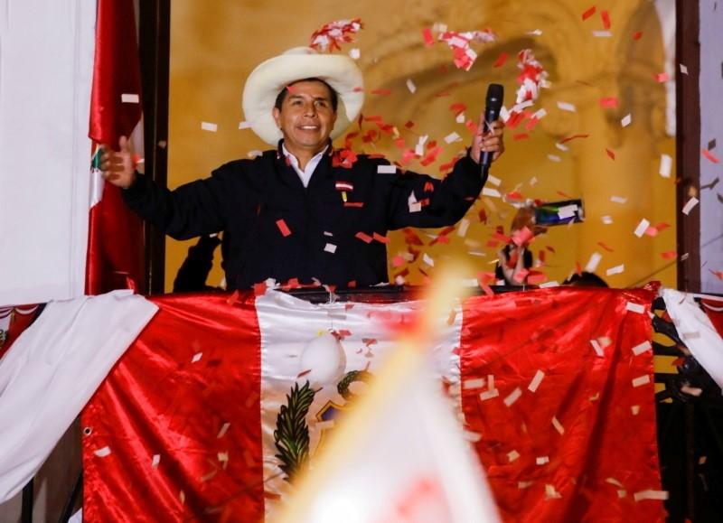 Peruvian presidential candidate Pedro Castillo addresses supporters in Lima, Peru, June 8, 2021. REUTERS/Sebastian Castaneda/File Photo
