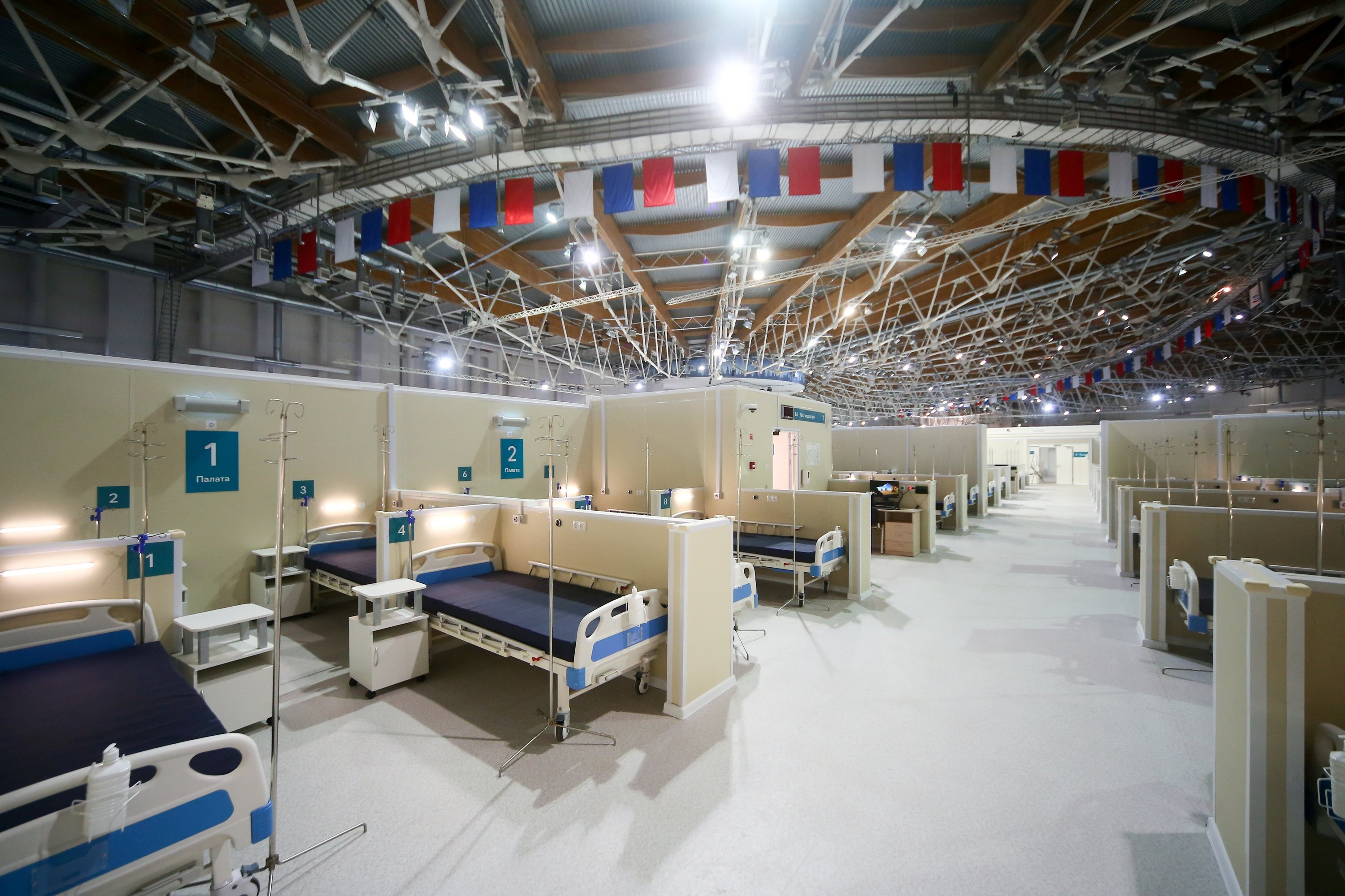 An interior view shows the Krylatskoye indoor ice skating arena following the decision of local authorities to turn it into a temporary hospital amid the coronavirus disease (COVID-19) outbreak in Moscow, Russia October 5, 2020. Sergei Vedyashkin/Moscow News Agency/Handout via REUTERS
