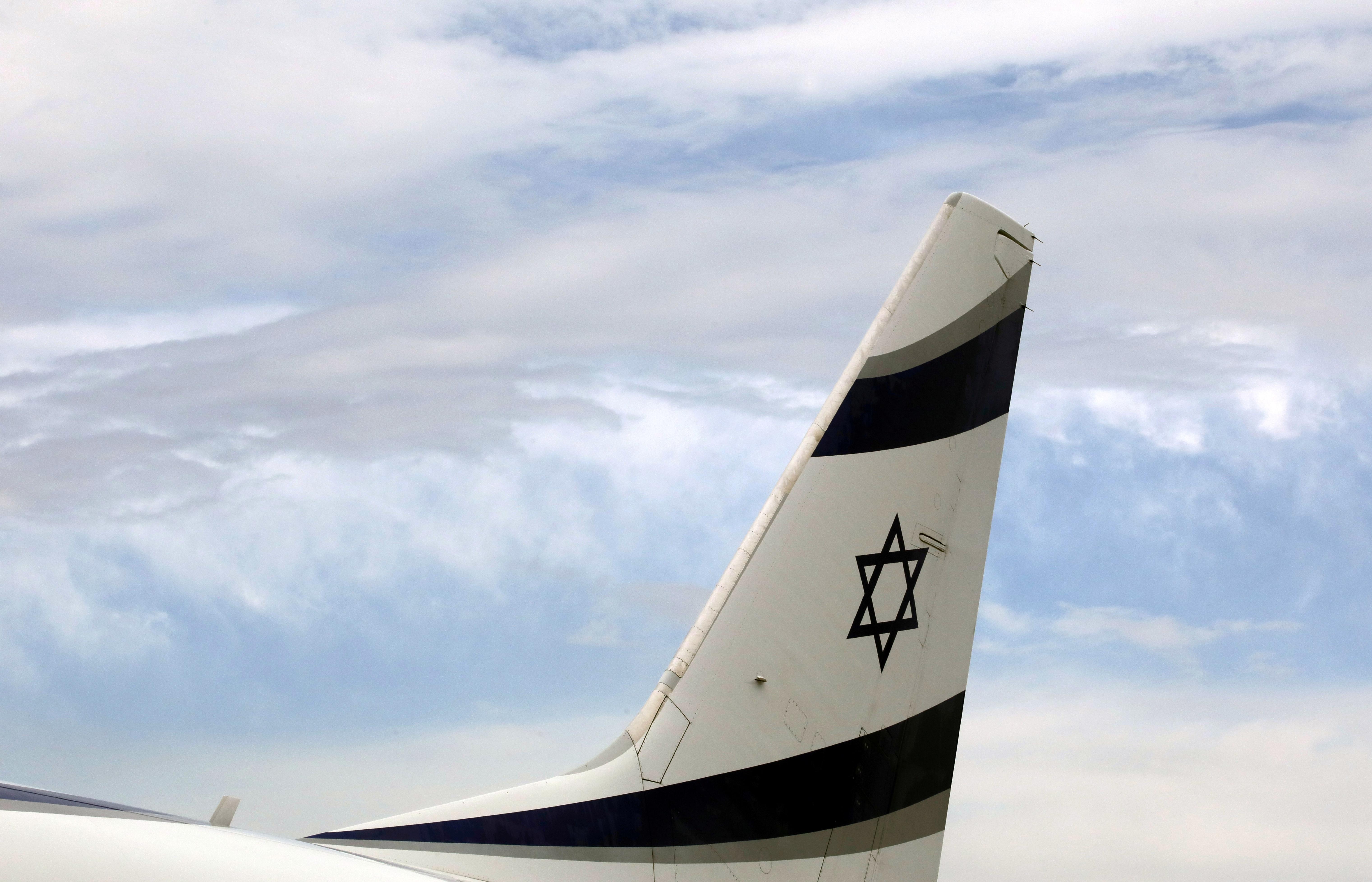 An Israel El Al airlines plane is seen after its landing following its inaugural flight between Tel Aviv and Nice at Nice international airport, France, April 4, 2019.    REUTERS/Eric Gaillard/File Photo