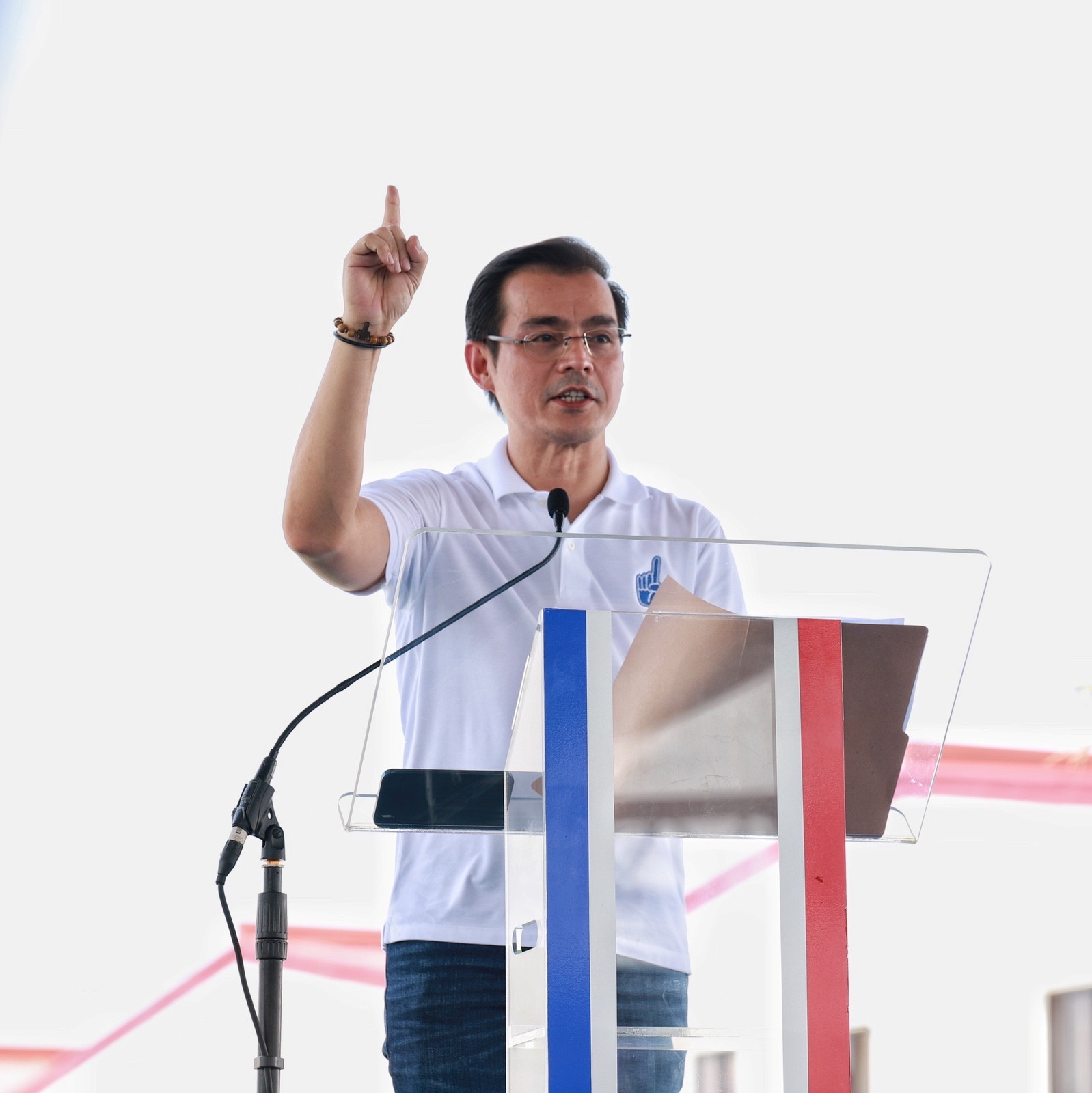 Manila Mayor Francisco 'Isko' Moreno Domagoso gestures during the official announcement of his presidential bid in the 2022 national elections in a poor community in Baseco, Manila, Philippines, September 22, 2021. ISKO MORENO COMMUNICATIONS TEAM/Handout via REUTERS