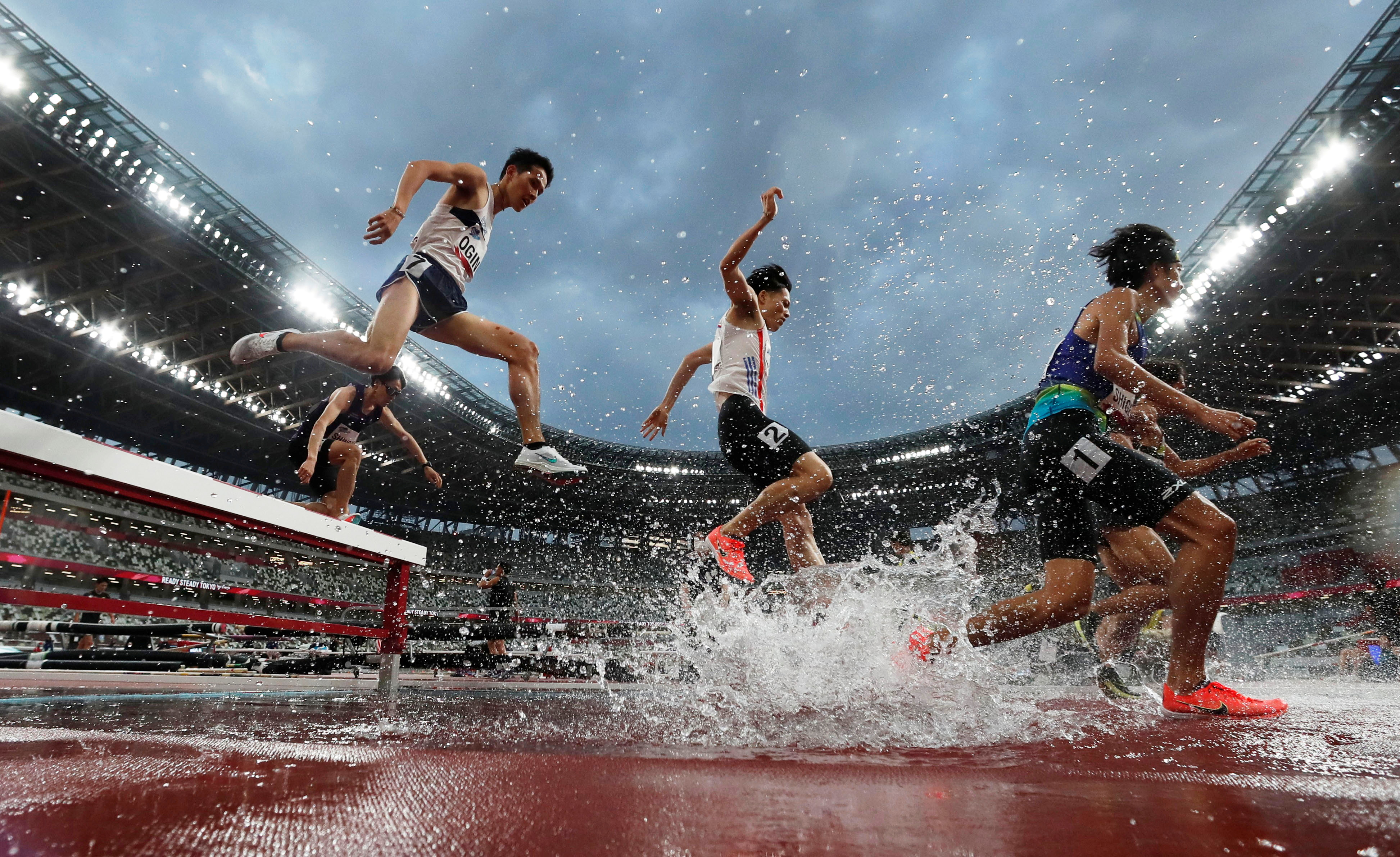 Olympics - Tokyo 2020 Olympic Games Test Event - Athletics - Olympic Stadium, Tokyo, Japan - May 9, 2021 General view during the men's 3000m Steeplechase final REUTERS/Issei Kato