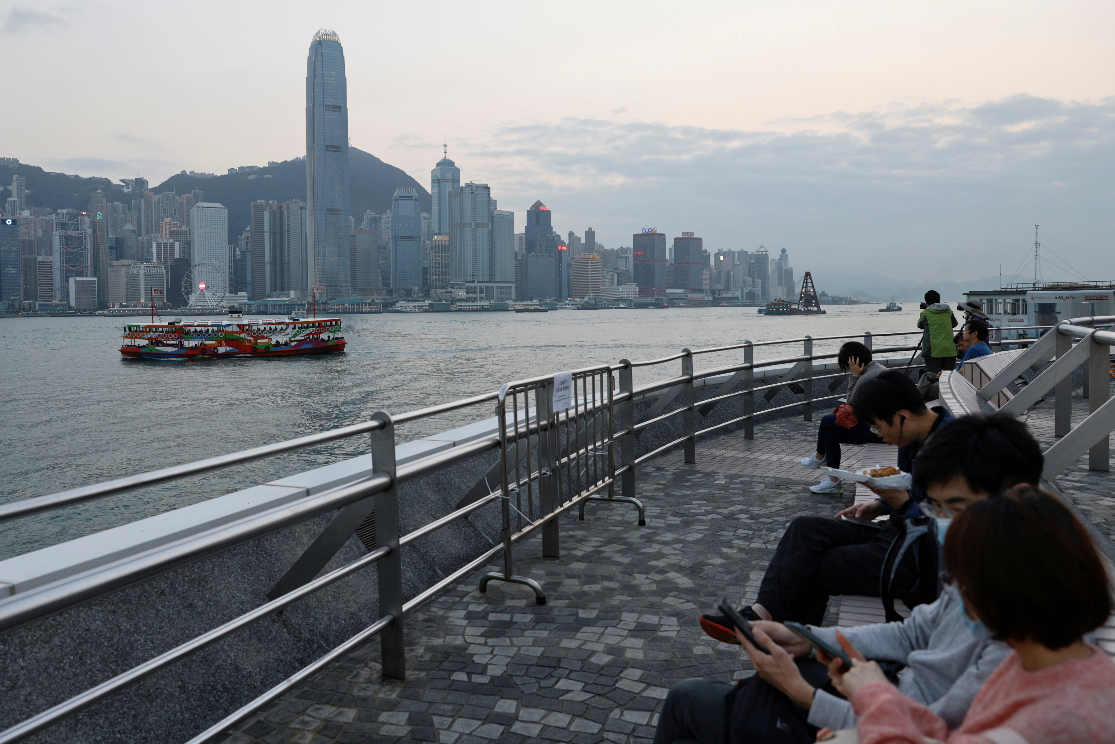 A general view of the central financial district during sunset, in Hong Kong, China March 11, 2021. REUTERS/Tyrone Siu/File Photo