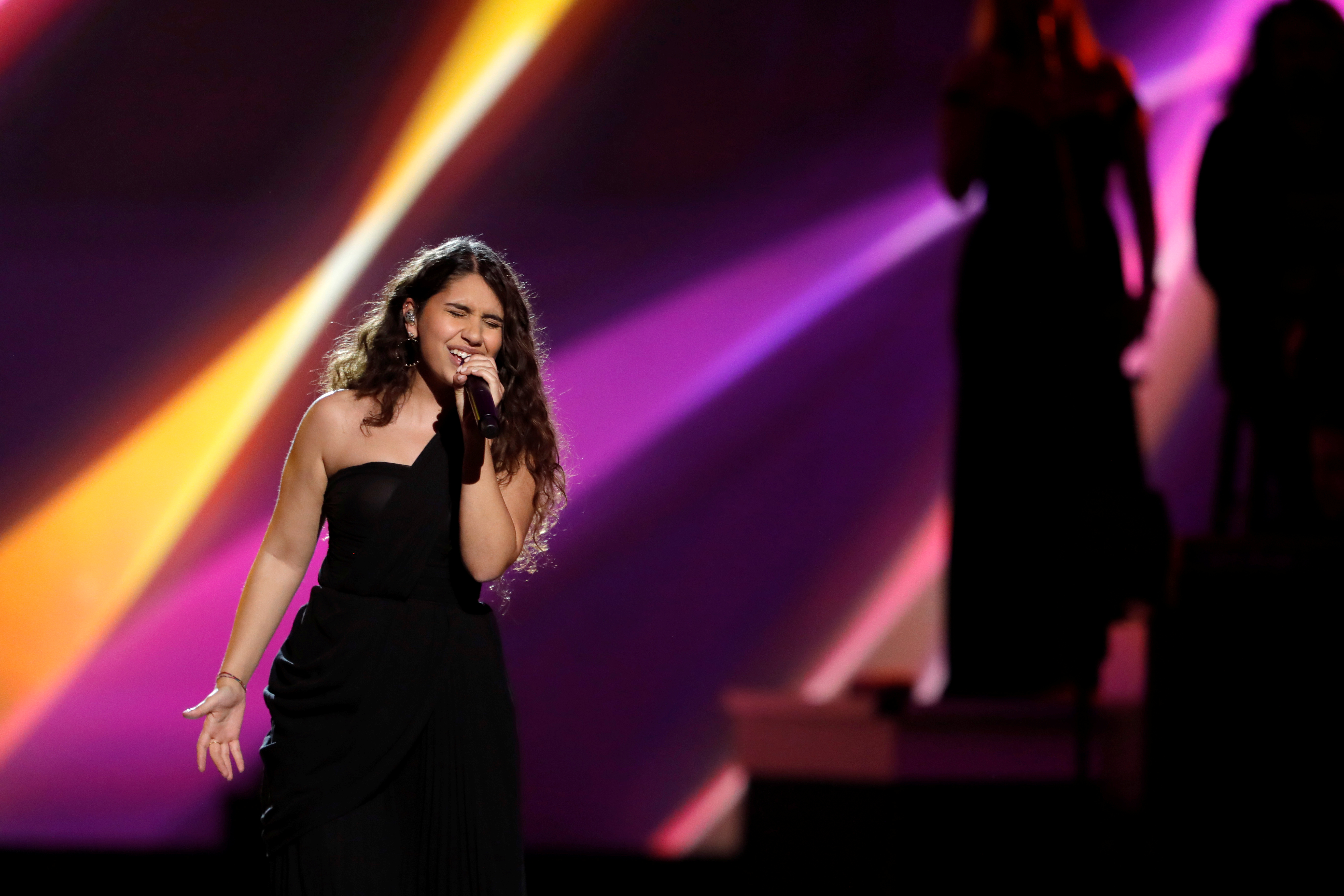 Alessia Cara performs during the 2019 Latin Recording Academy's Person of the Year Gala honoring Colombian musician Juanes at the MGM Grand hotel-casino, in Las Vegas, Nevada, U.S. November 13, 2019. REUTERS/Steve Marcus