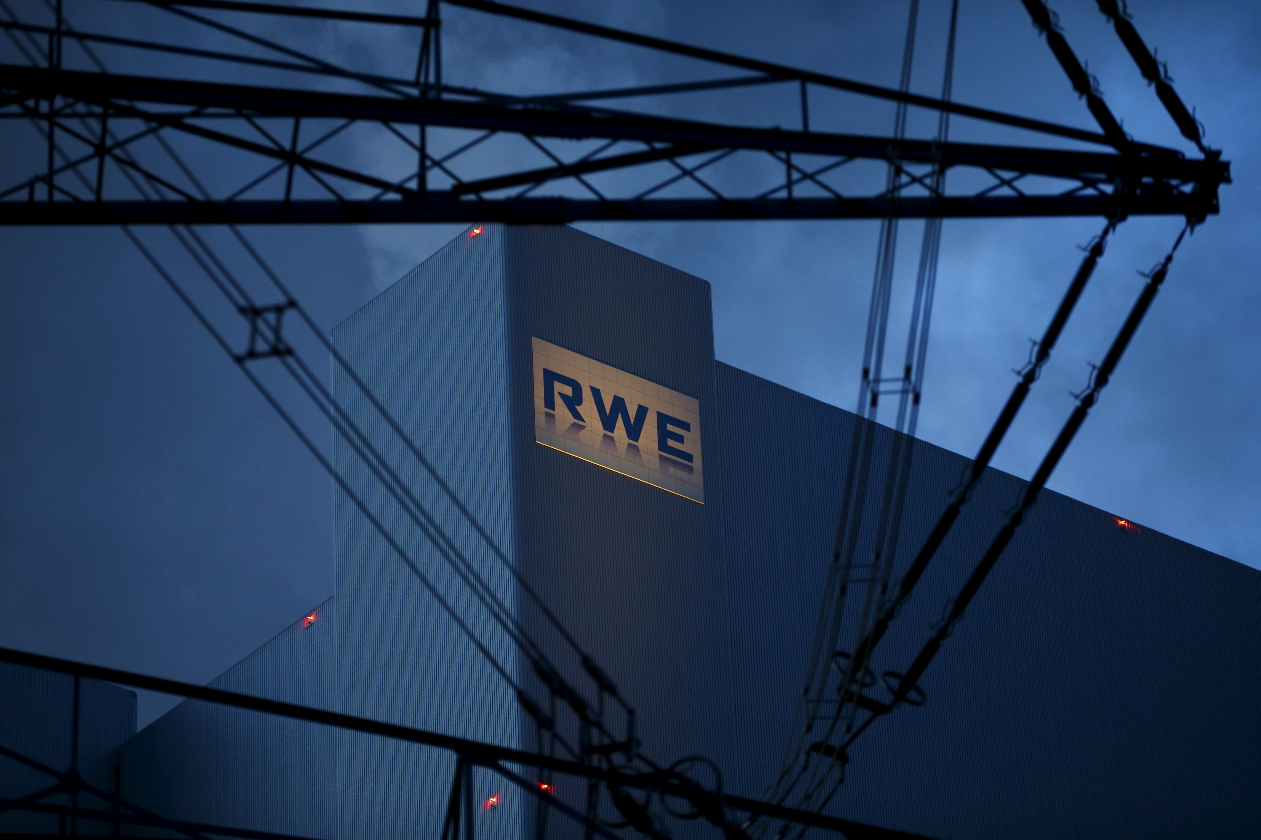 The logo of RWE, one of Europe's biggest electricity and gas companies is seen at block F/G of RWE's new coal power plant in Neurath, north-west of Cologne, Germany in this picture taken March 3, 2016. REUTERS/Wolfgang Rattay