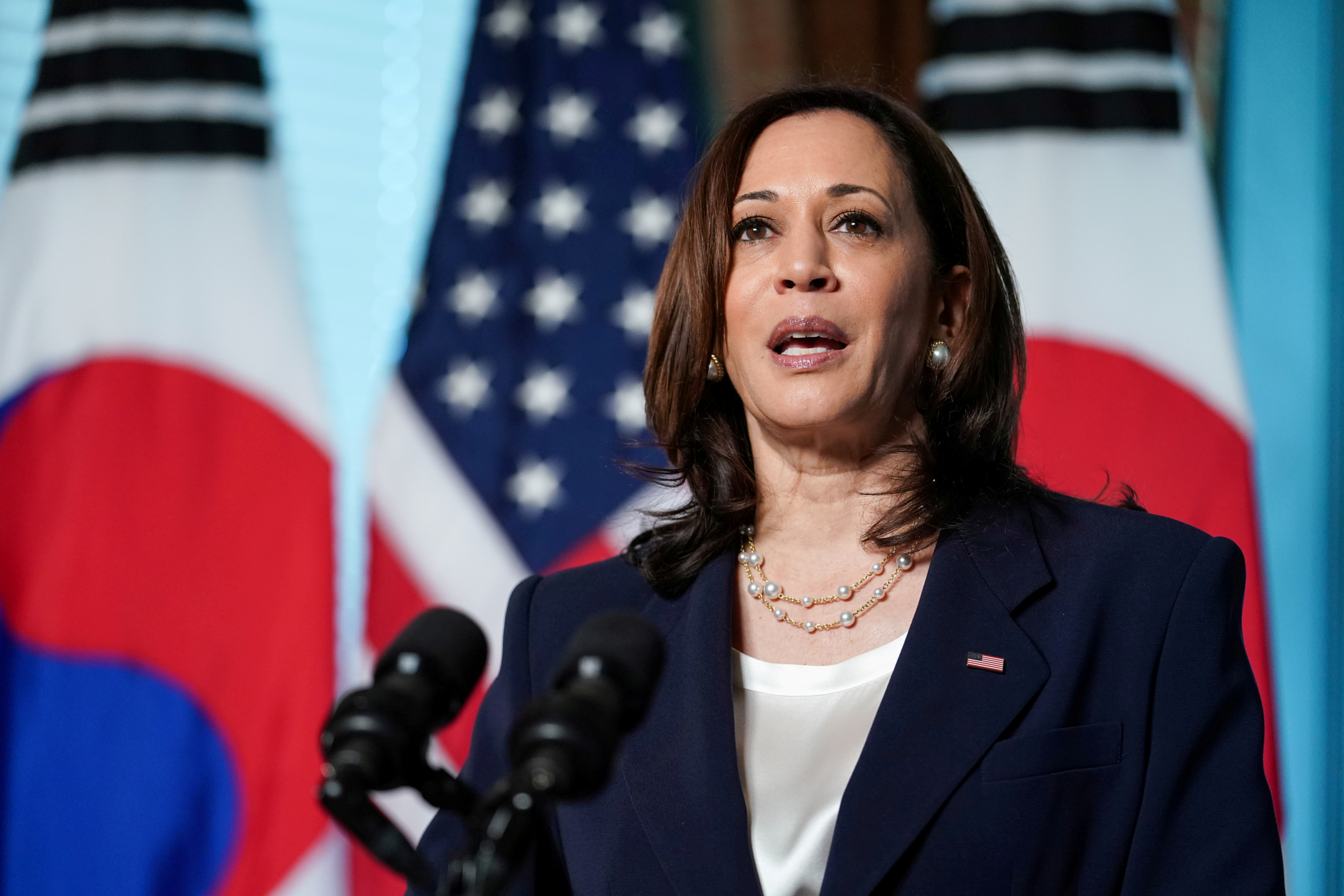 U.S. Vice President Kamala Harris delivers remarks before participating in a bilateral meeting with South Korean President Moon Jae-in at the Eisenhower Executive Office Building near the White House in Washington, U.S., May 21, 2021. REUTERS/Sarah Silbiger/File Photo