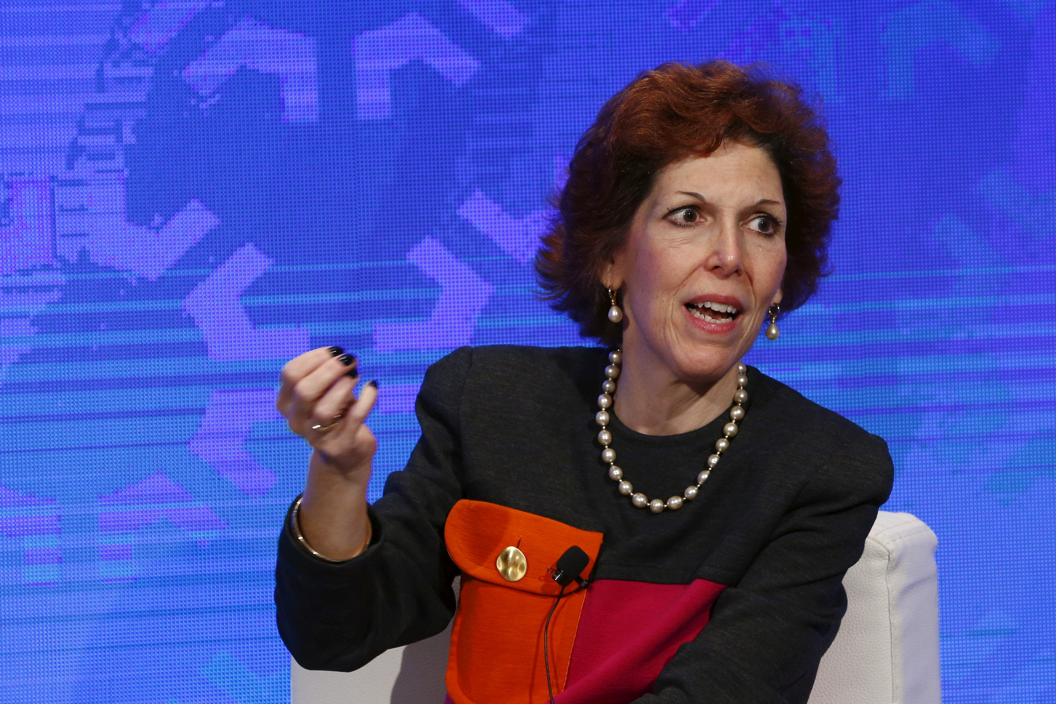 Cleveland Fed President Loretta Mester takes part in a panel convened to speak about the health of the U.S. economy in New York November 18, 2015. REUTERS/Lucas Jackson/File Photo