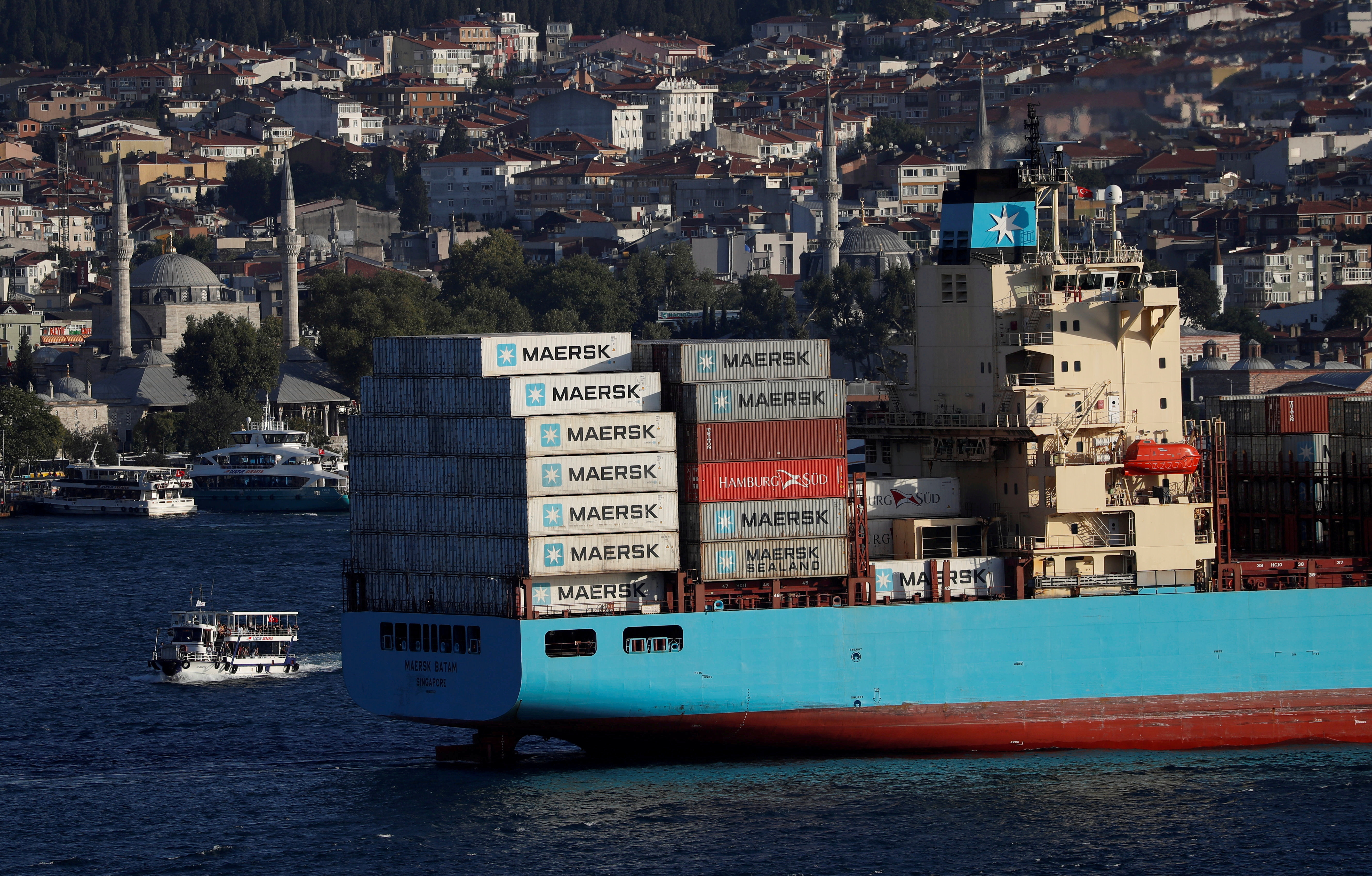The Maersk Line container ship Maersk Batam sails in the Bosphorus, on its way to the Mediterranean Sea, in Istanbul, Turkey August 10, 2018. REUTERS/Murad Sezer