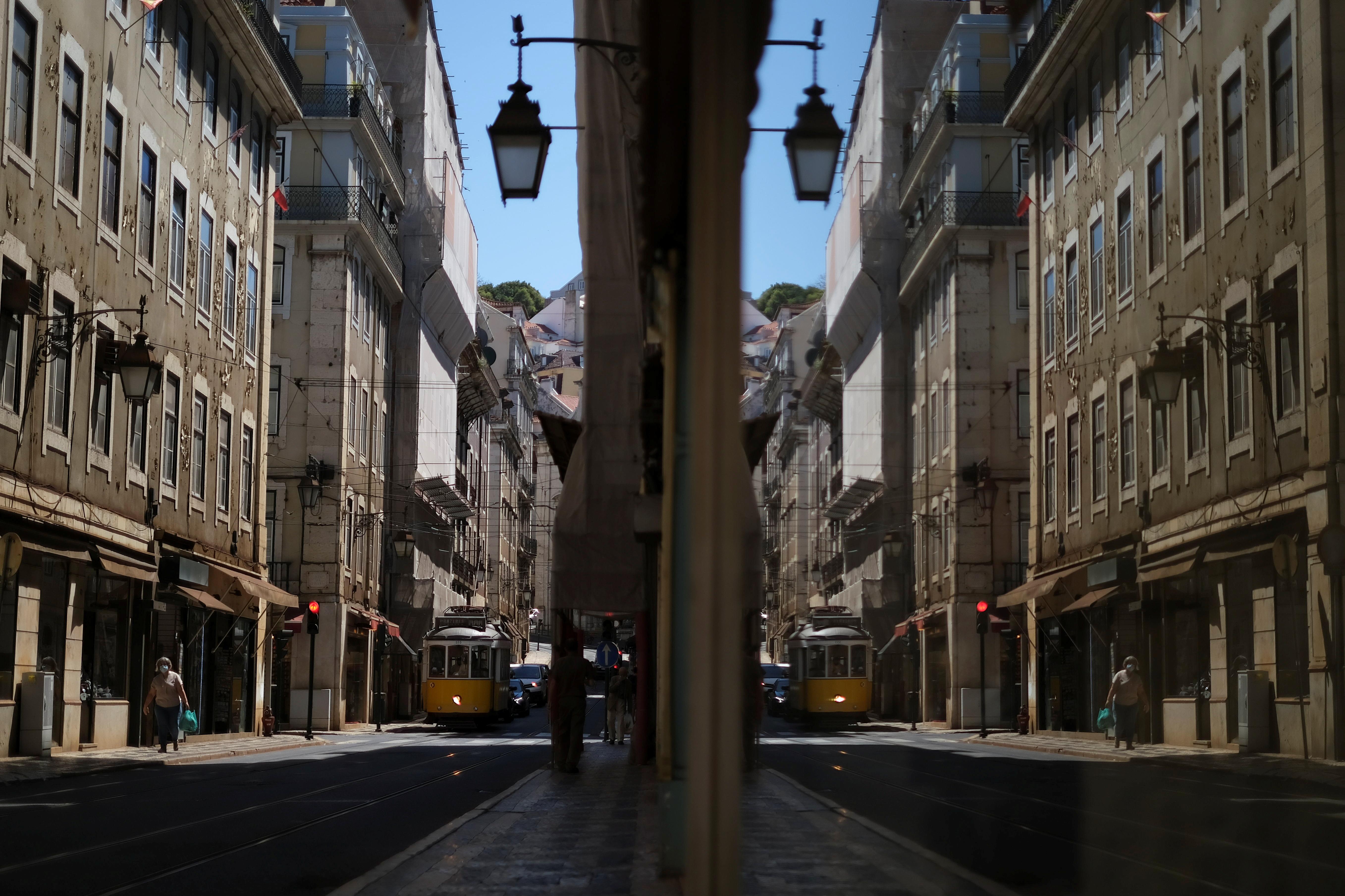 Lisbon downtown amid the coronavirus disease (COVID-19) pandemic, in Lisbon, Portugal, June 24, 2021. REUTERS/Pedro Nunes