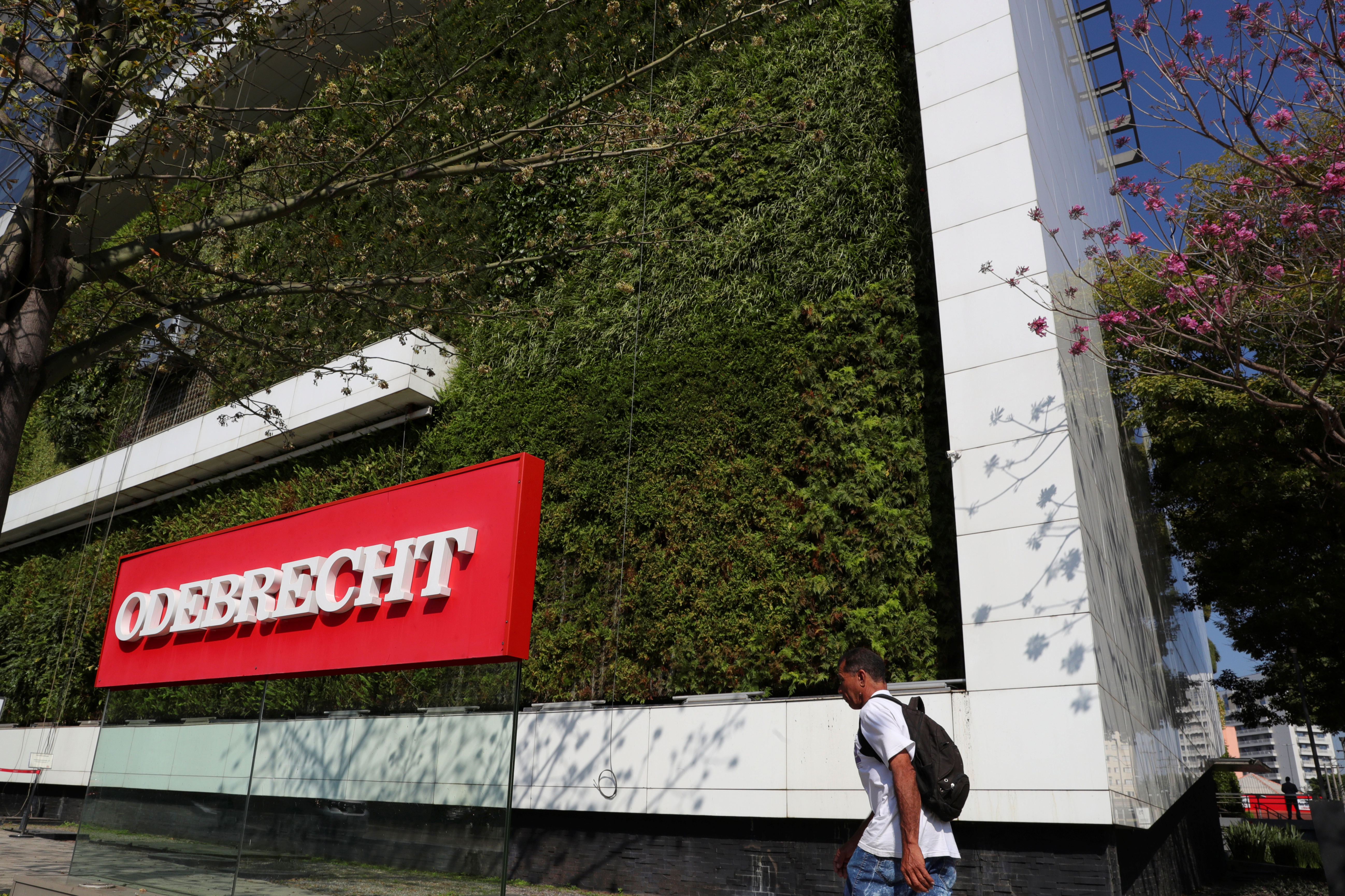 The corporate logo of the Odebrecht SA construction conglomerate is pictured at its headquarters in Sao Paulo, Brazil, July 29, 2019. REUTERS/Amanda Perobelli