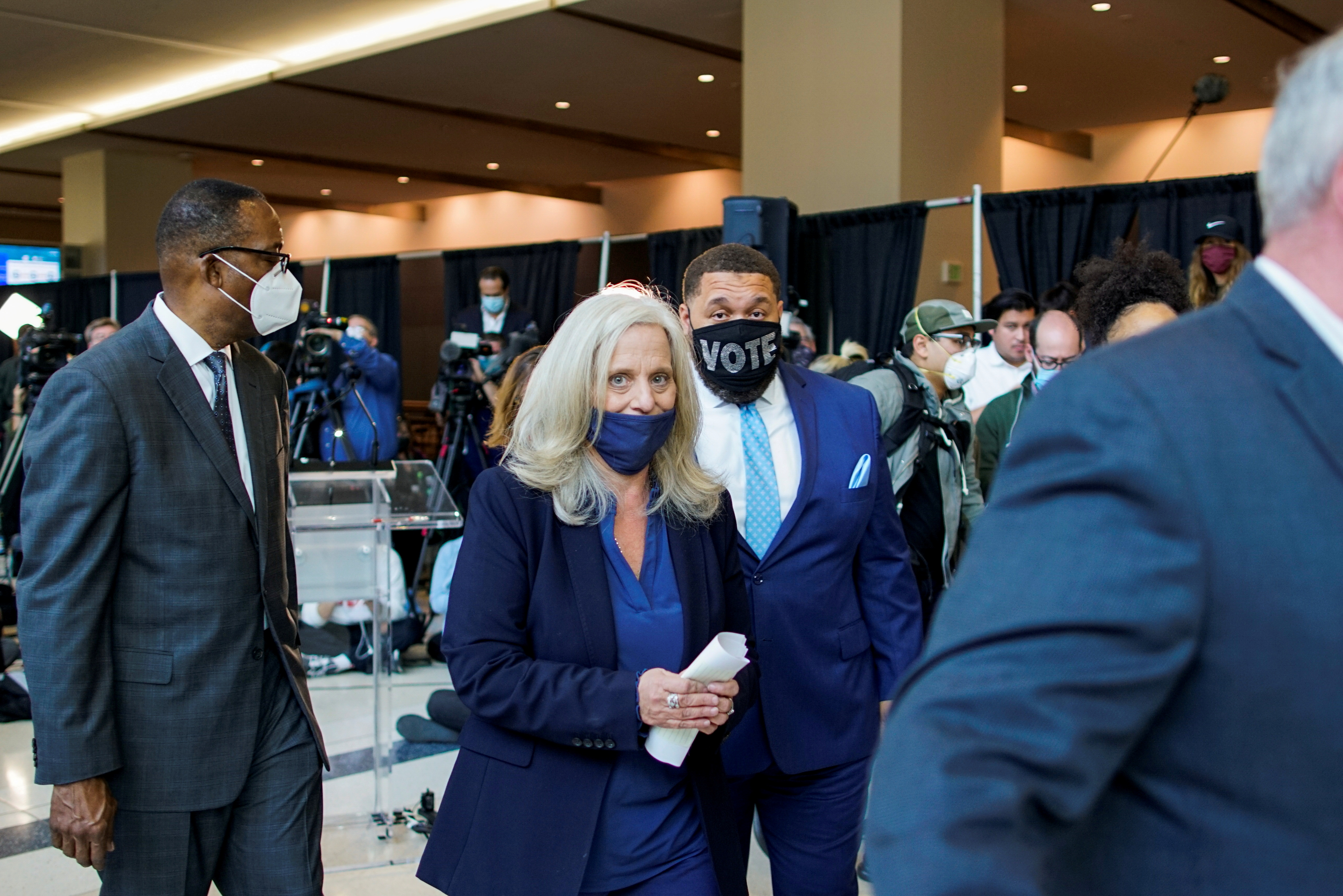 City Commissioner Lisa Deeley leaves after attending a news conference at Pennsylvania Convention Center as vote counting continues three days after the 2020 U.S. presidential election, in Philadelphia, Pennsylvania, U.S. November 6, 2020.  REUTERS/Eduardo Munoz/File Photo