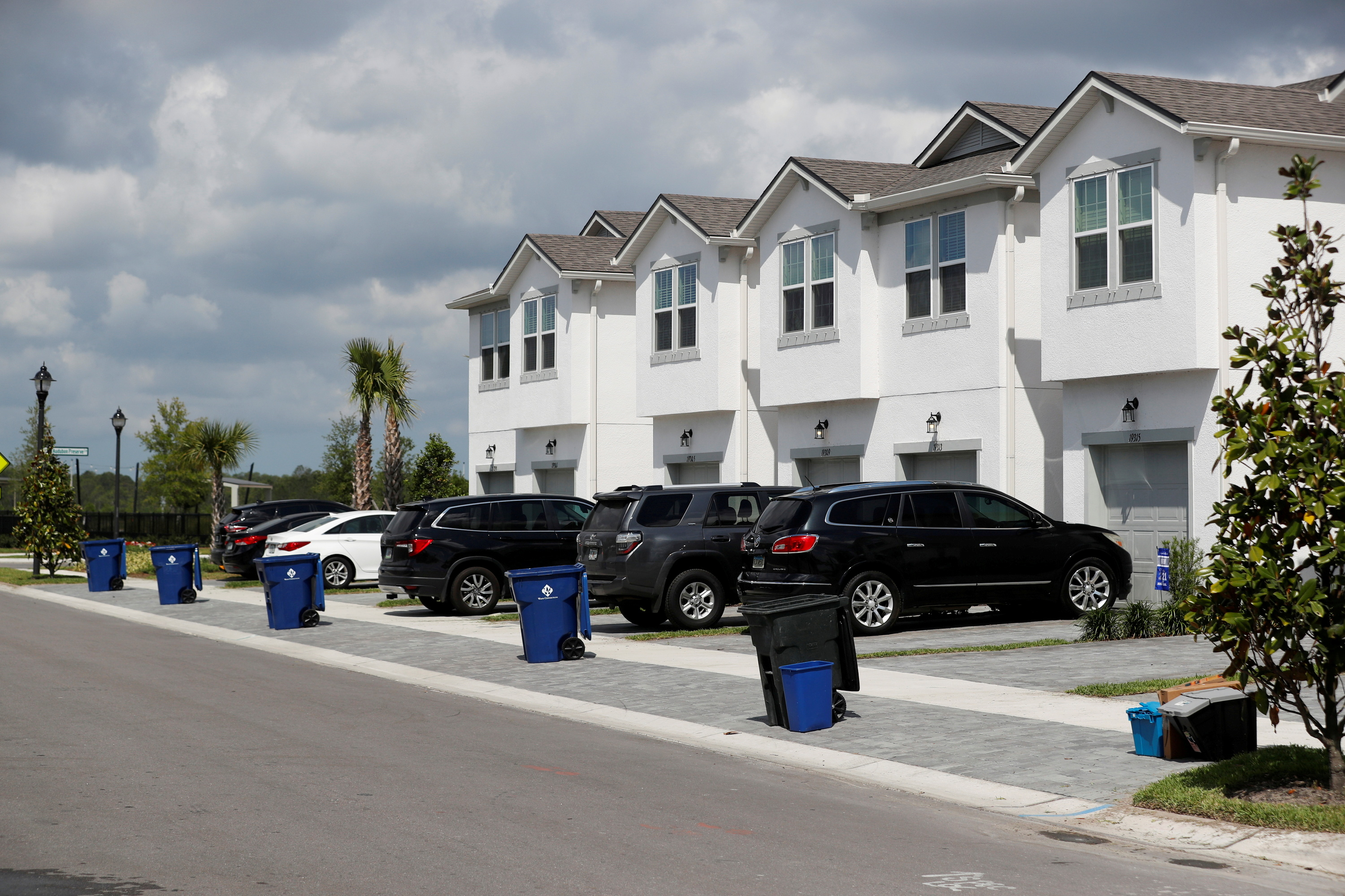 New townhomes are seen in a subdivision while building material supplies are in high demand in Tampa, Florida, U.S., May 5, 2021.  REUTERS/Octavio Jones/File Photo