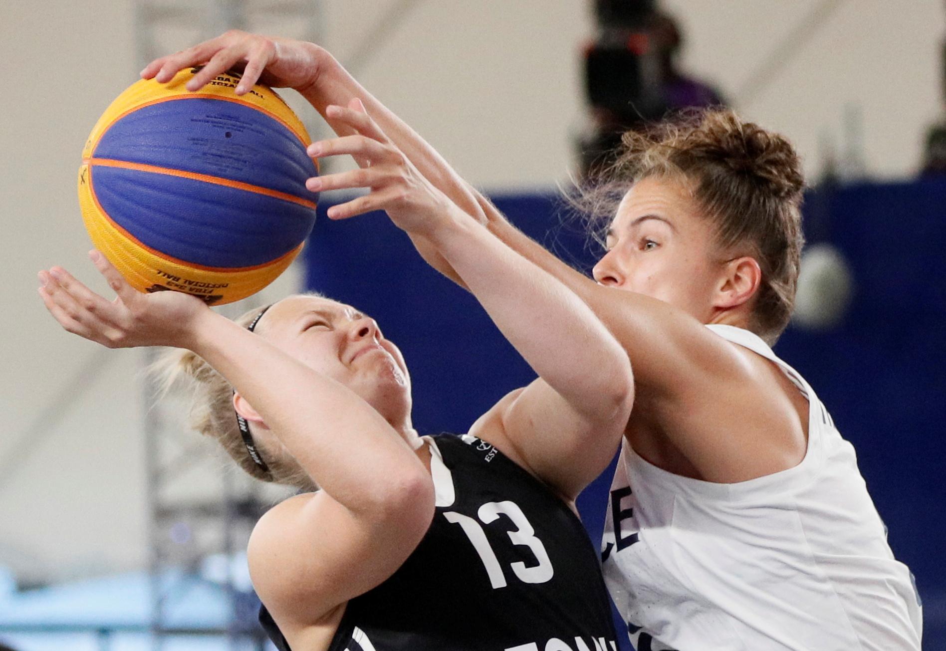 2019 European Games - 3X3 Basketball - Women's - Estonia vs France - Palova Arena, Minsk, Belarus - June 24, 2019.  Estonia's Janne Pulk in action with France's Caroline Heriaud during the gold medal match REUTERS/Valentyn Ogirenko/File Photo