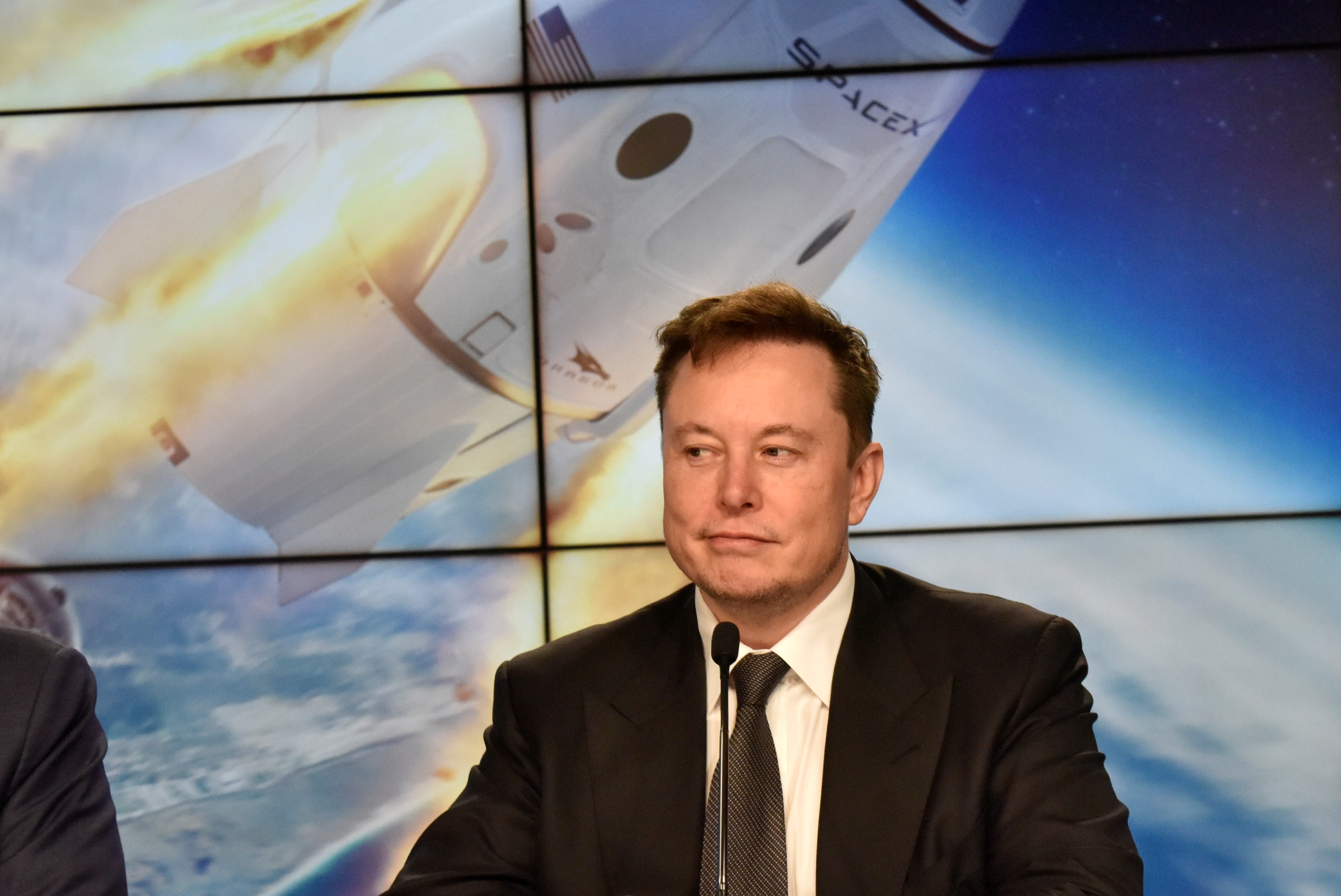 SpaceX founder and chief engineer Elon Musk attends a news conference at the Kennedy Space Center in Cape Canaveral, Florida, U.S., Janu. 19, 2020. REUTERS/Steve Nesius