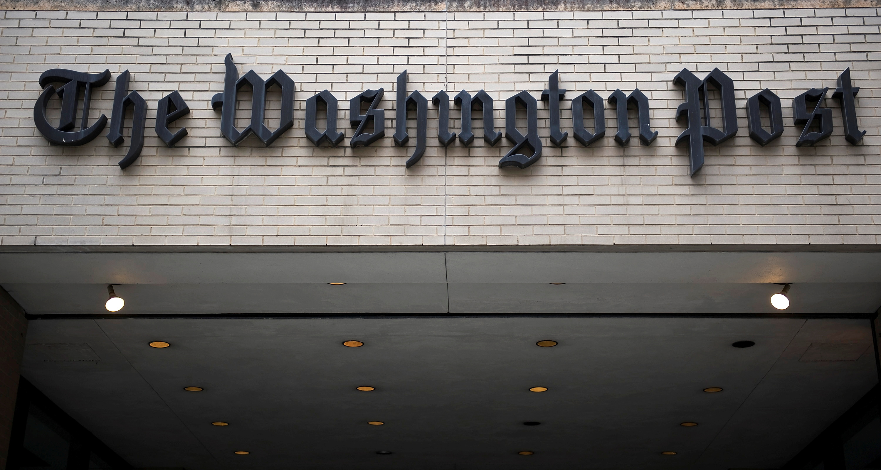 A general view of the exterior of The Washington Post Company headquarters in Washington, March 30, 2012. REUTERS/Jonathan Ernst/File Photo