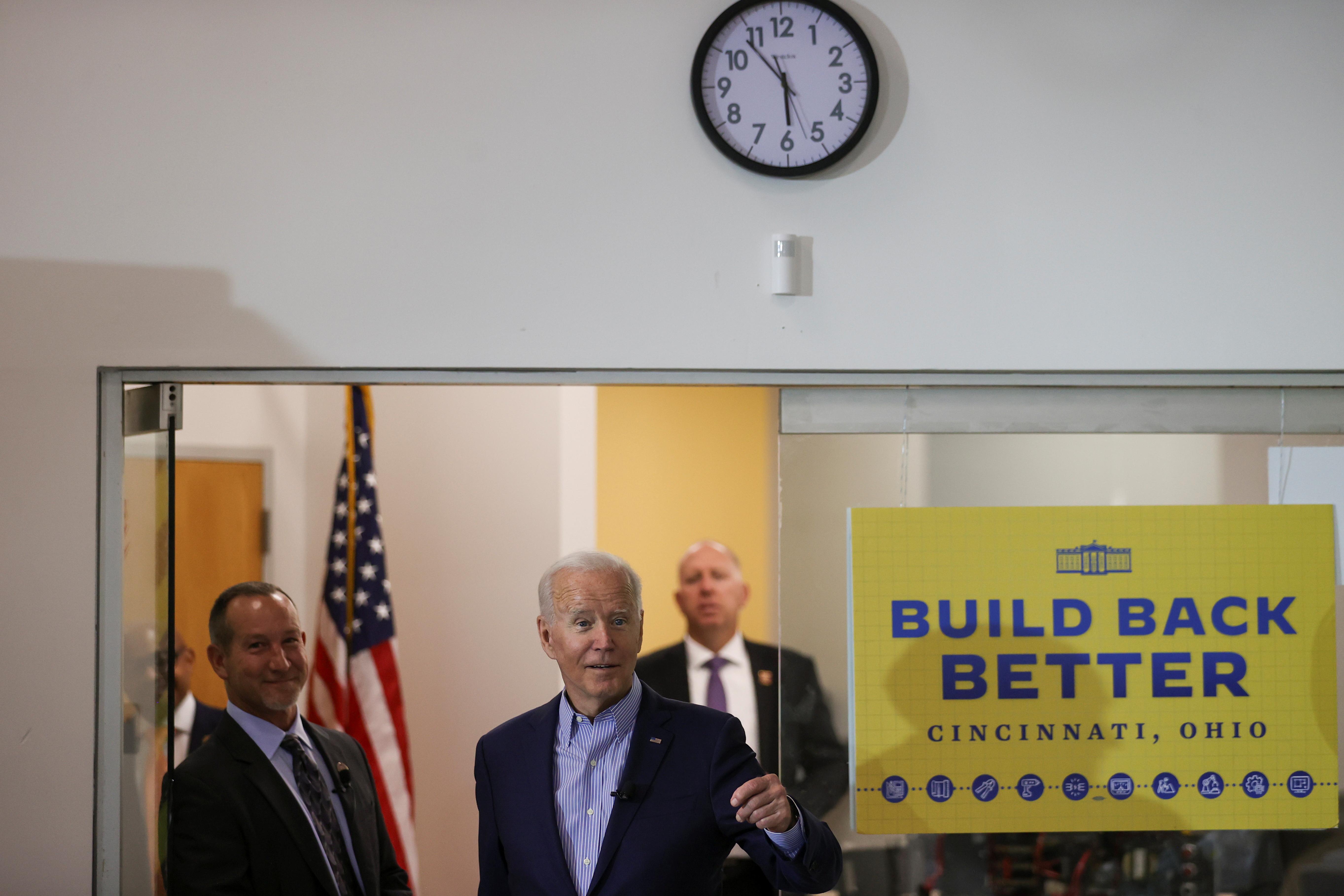 U.S. President Joe Biden visits IBEW/NECA union electrician training center in Cincinnati, Ohio, U.S., July 21, 2021. REUTERS/Jonathan Ernst