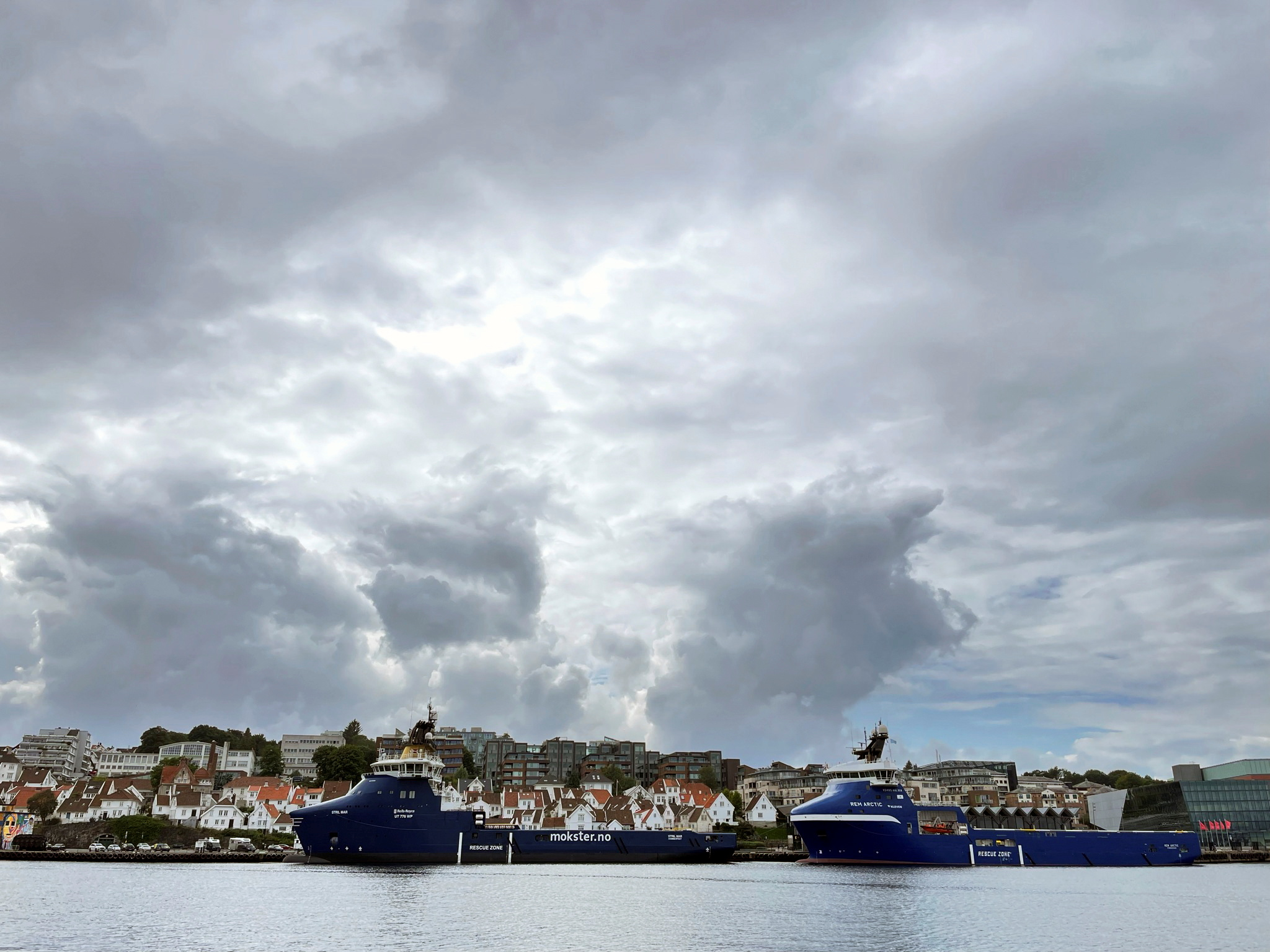 Offshore oil and gas platform supply vessels (PSVs) are docked at a pier in Stavanger, Norway, August 10, 2021.  REUTERS/Nerijus Adomaitis