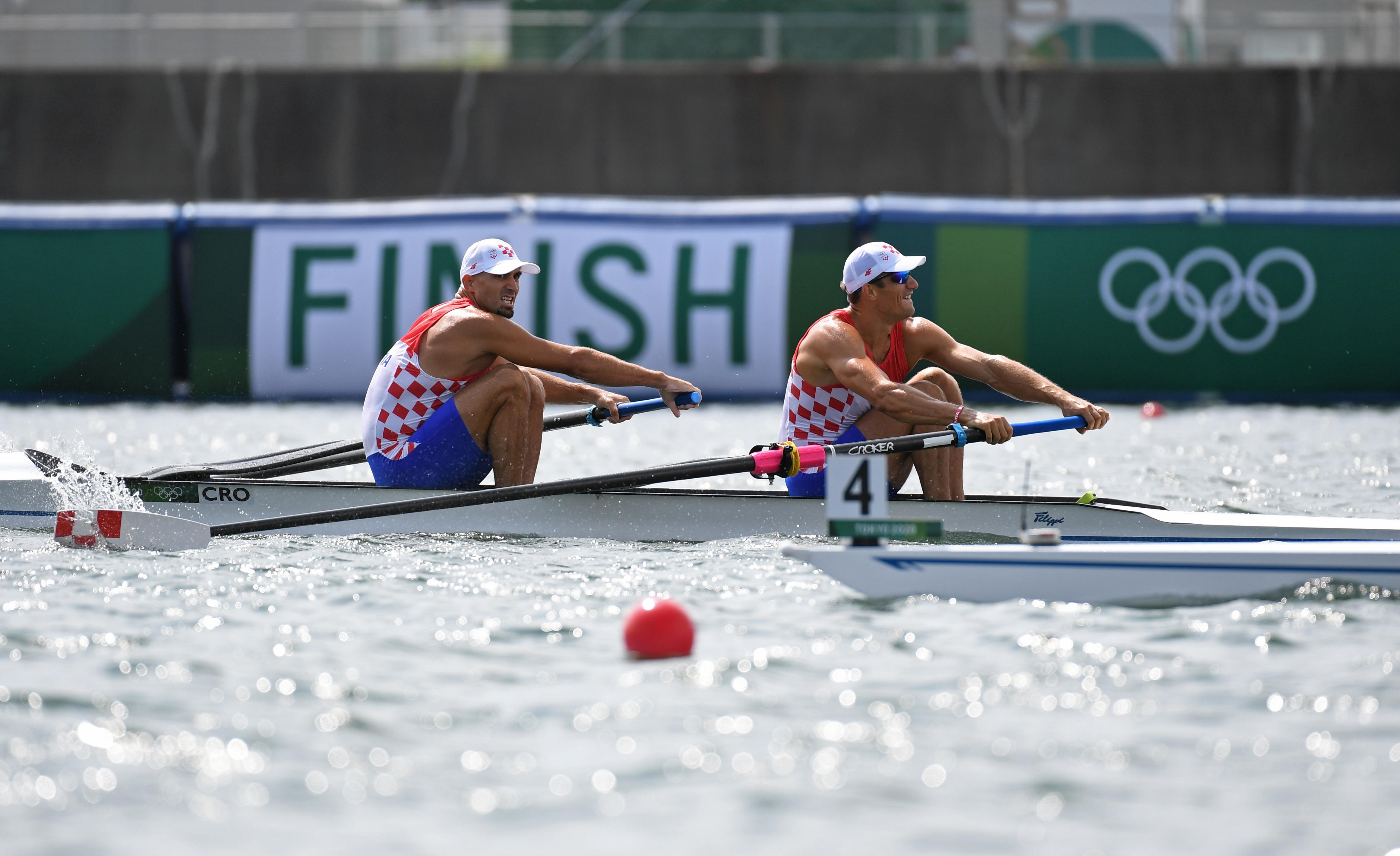 Tokyo 2020 Olympics - Rowing - Men's Pair - Final A - Sea Forest Waterway, Tokyo, Japan - July 29, 2021. Martin Sinkovic of Croatia and Valent Sinkovic of Croatia in action REUTERS/Piroschka Van De Wouw