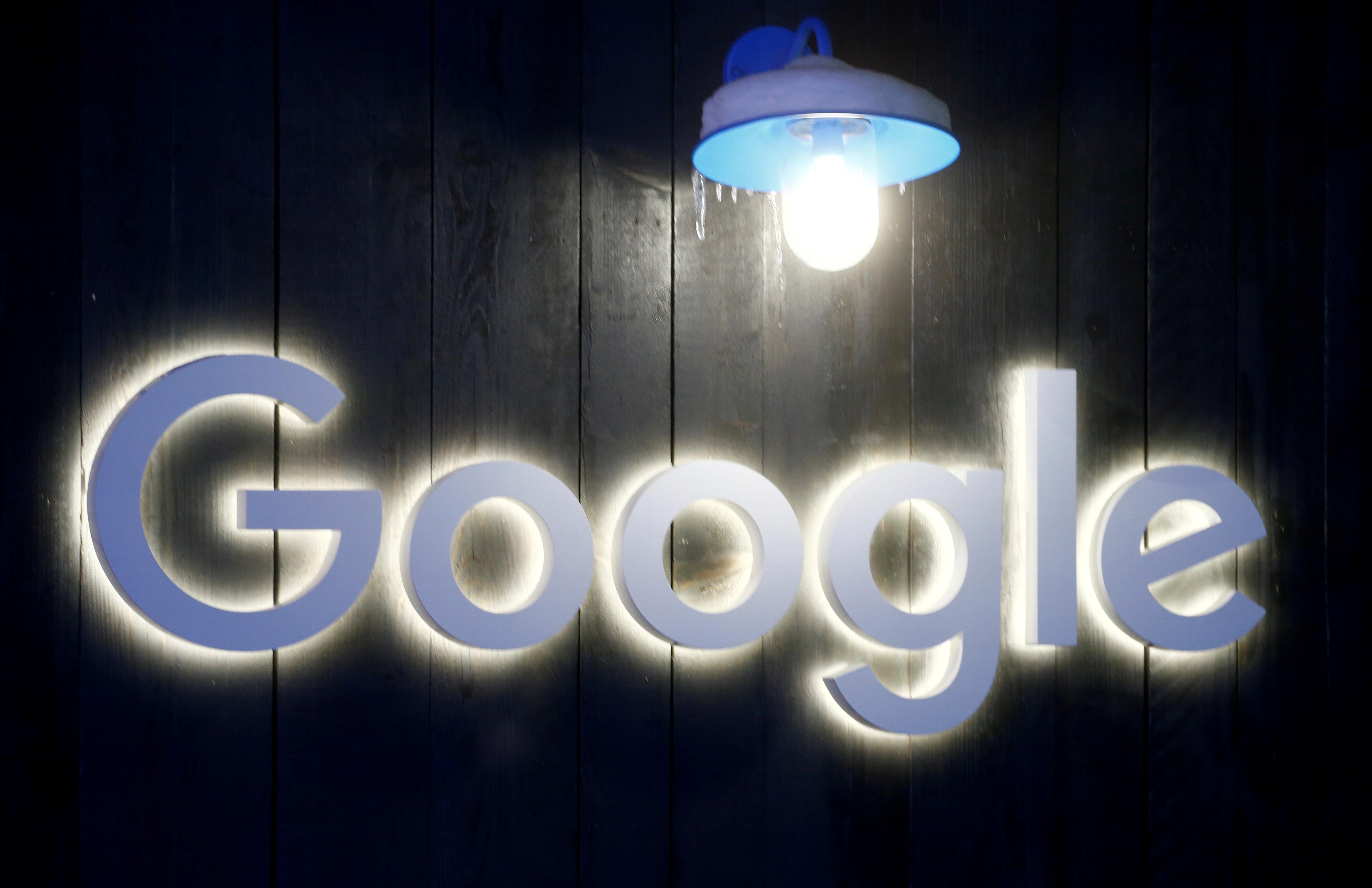 The logo of Google is seen in Davos, Switzerland Januar 20, 2020. REUTERS/Arnd Wiegmann/File Photo