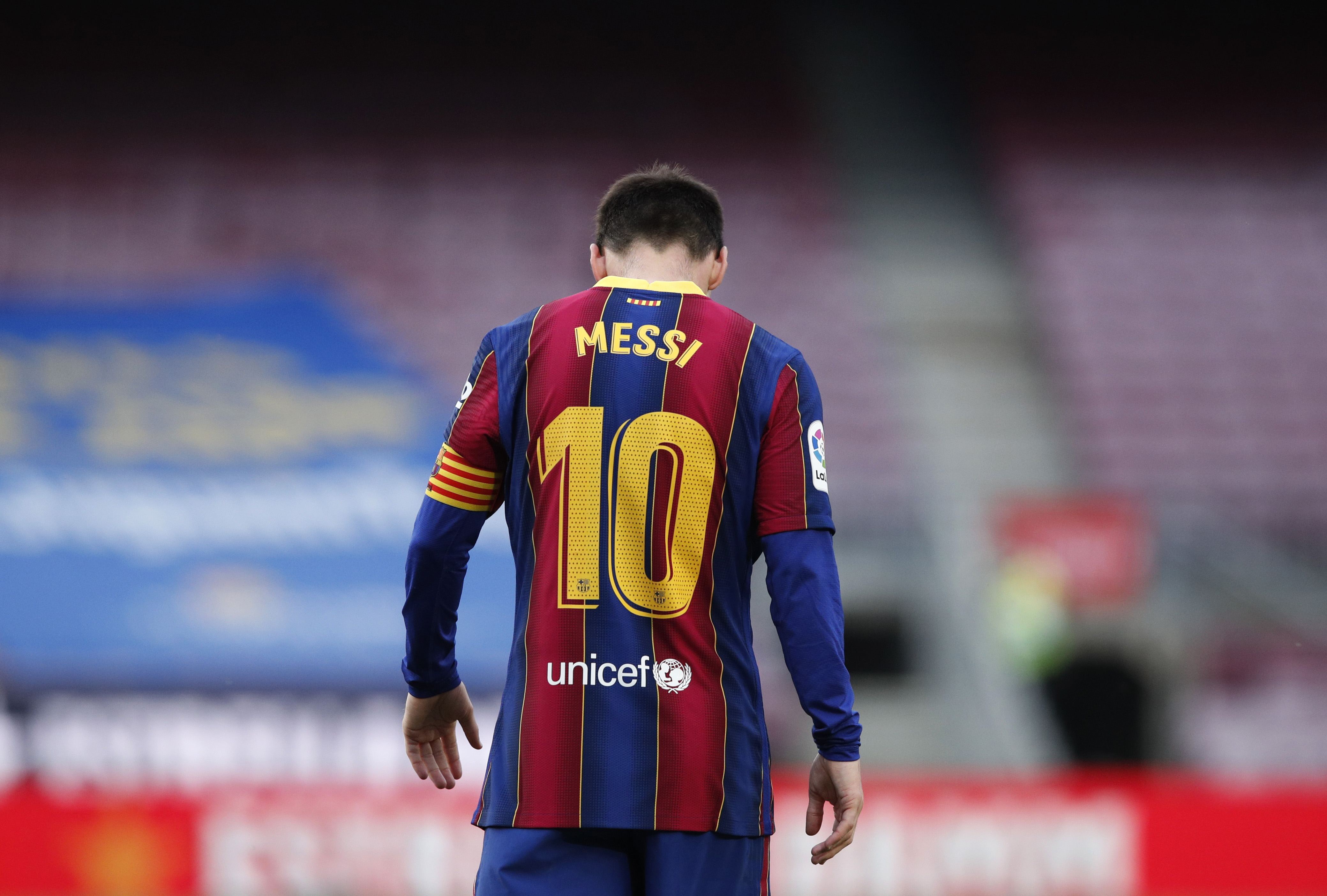 Messi to leave Barcelona due to 'financial obstacles' -club statement    Reuters